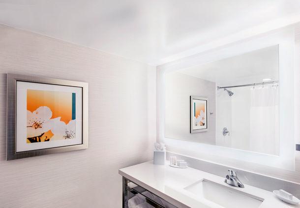 Fairfield Inn & Suites by Marriott Charlotte Uptown image 3