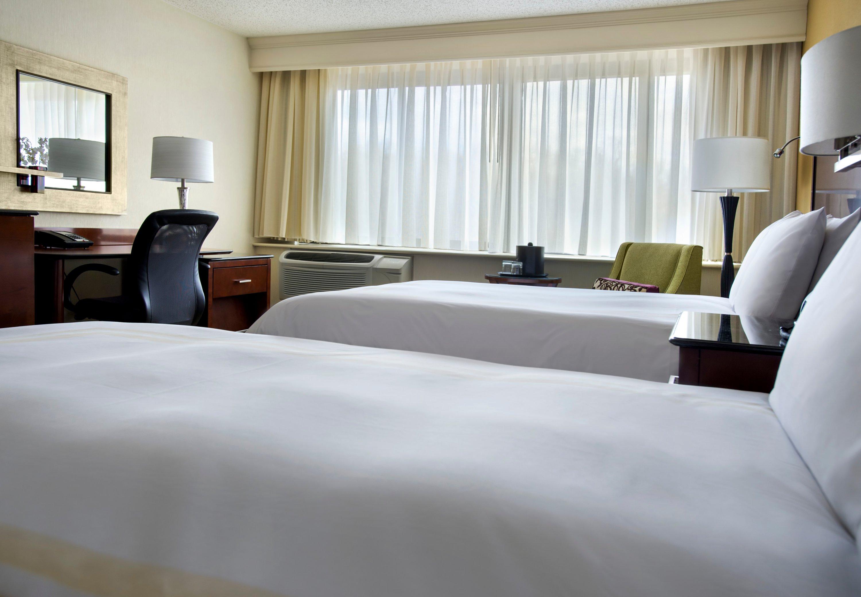 Boston Marriott Peabody image 3