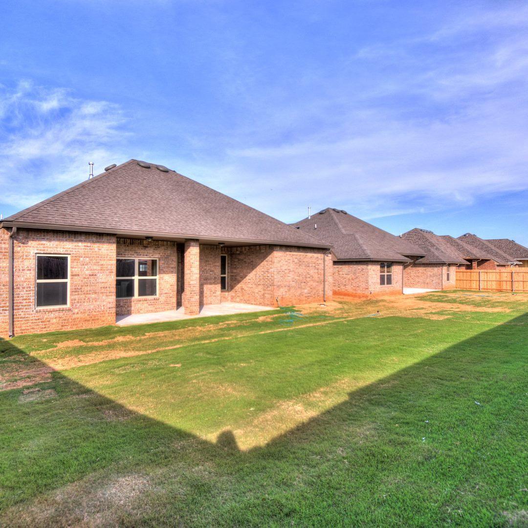 R & R Homes, LLC image 18