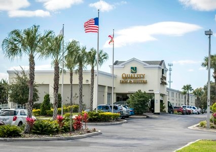 Quality inn suites near fairgrounds ybor city 4955 east 18th avenue tampa fl quality inn for Value lodge busch gardens tampa