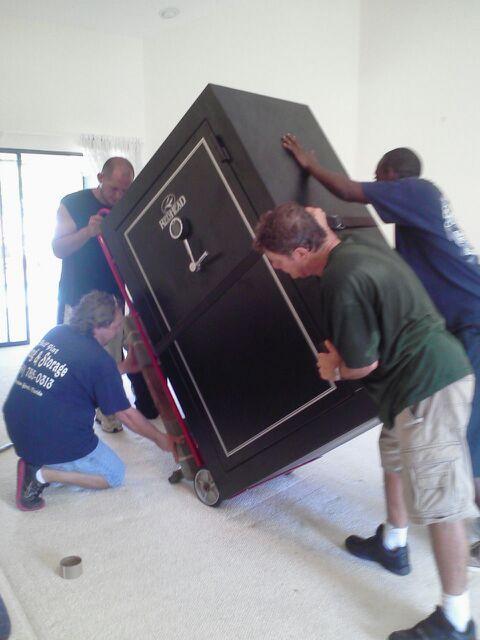Half Pint Moving & Storage image 3