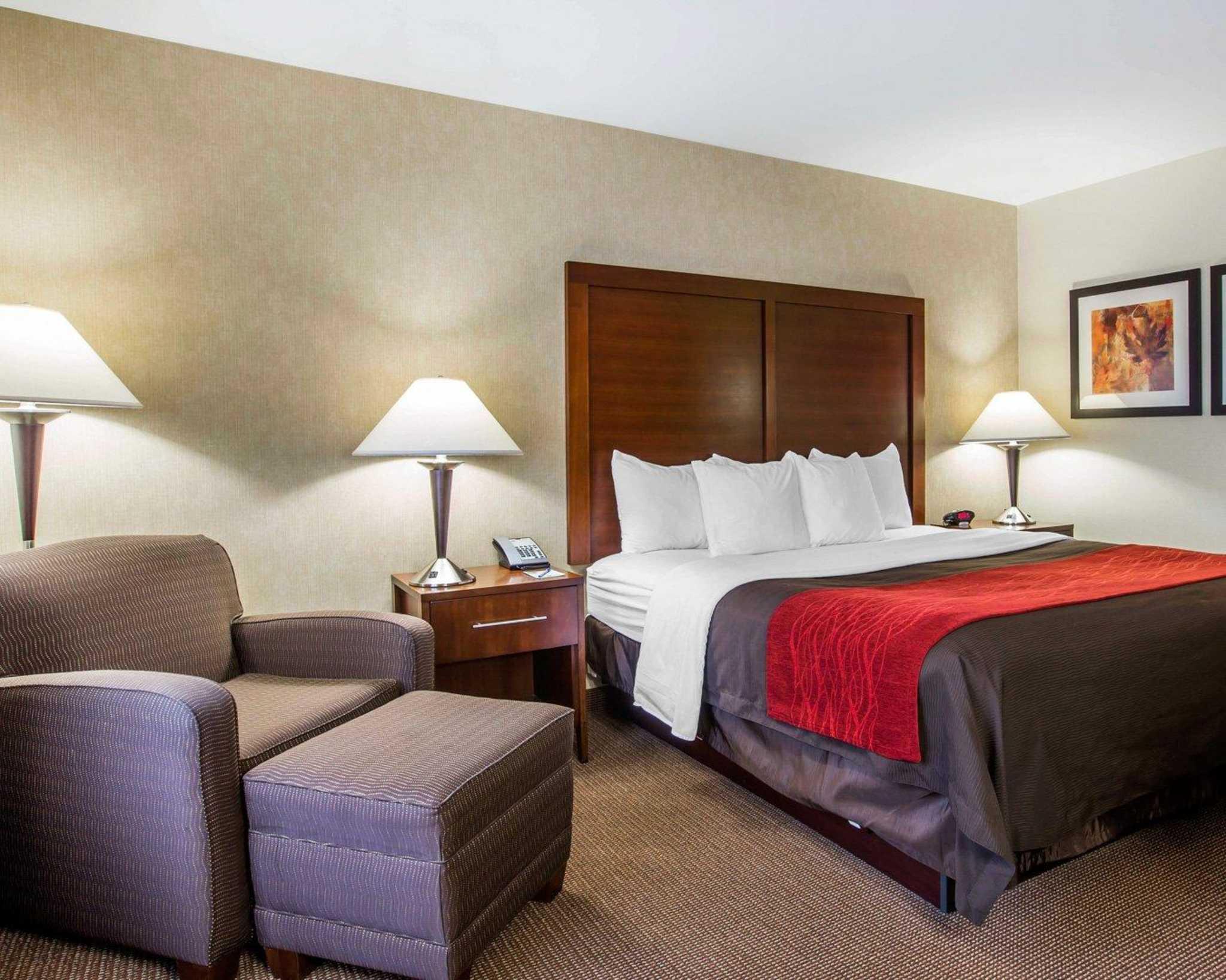 Comfort Inn & Suites adj to Akwesasne Mohawk Casino image 11