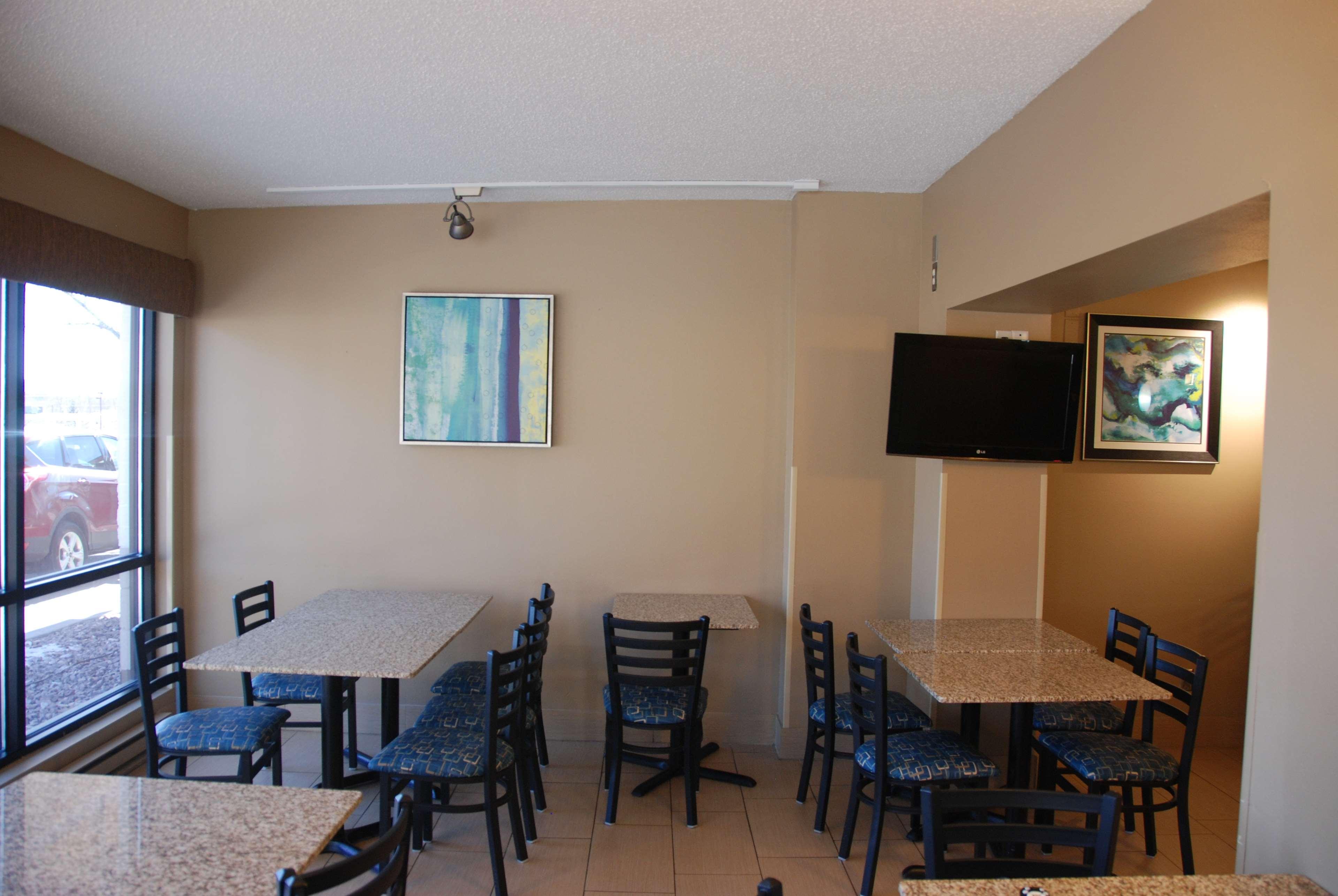 Best Western Baraboo Inn image 18