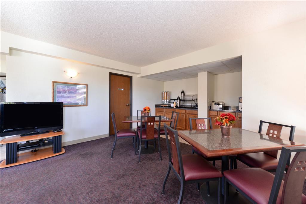 Americas Best Value Inn Elk City image 10
