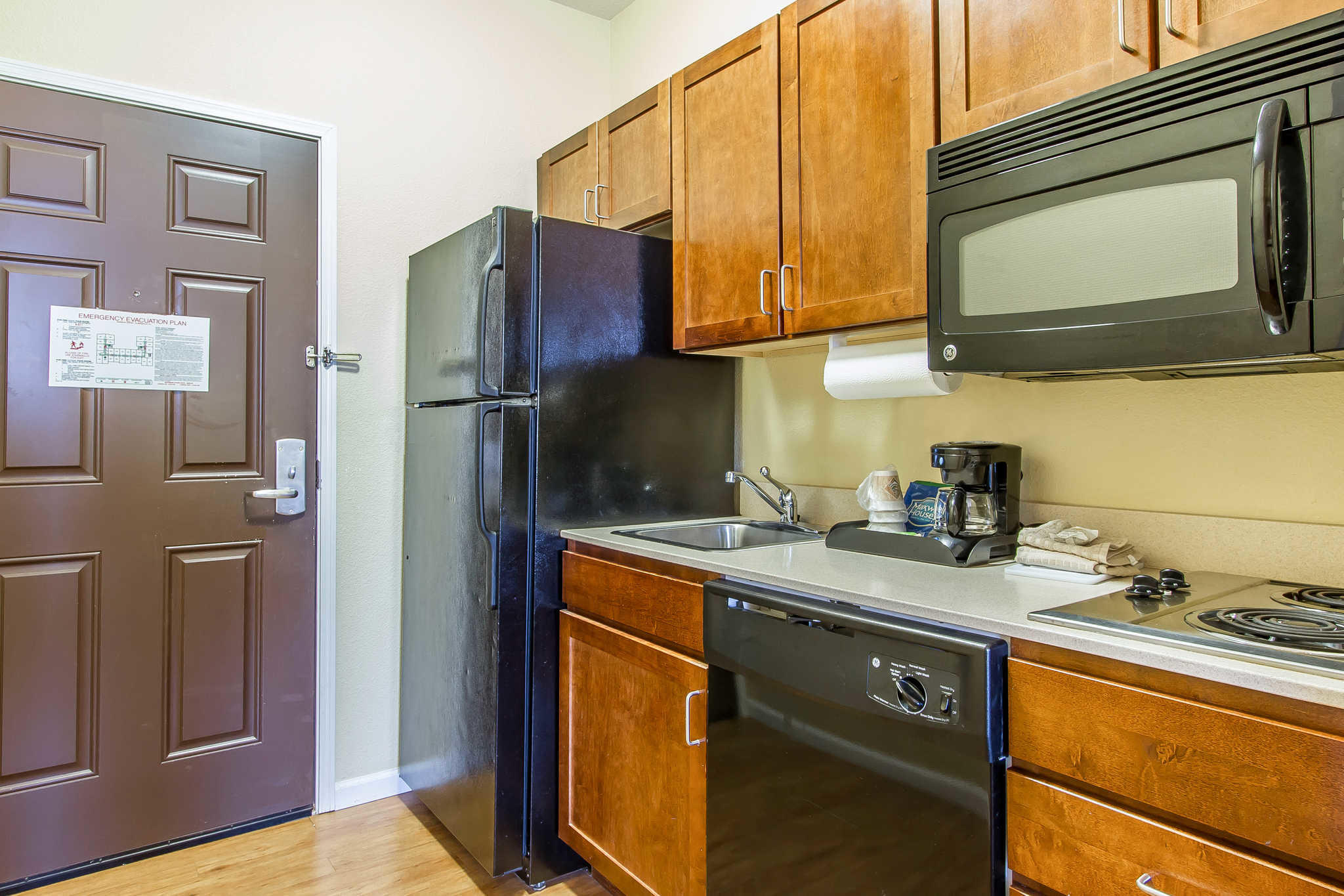 MainStay Suites Fort Campbell image 21
