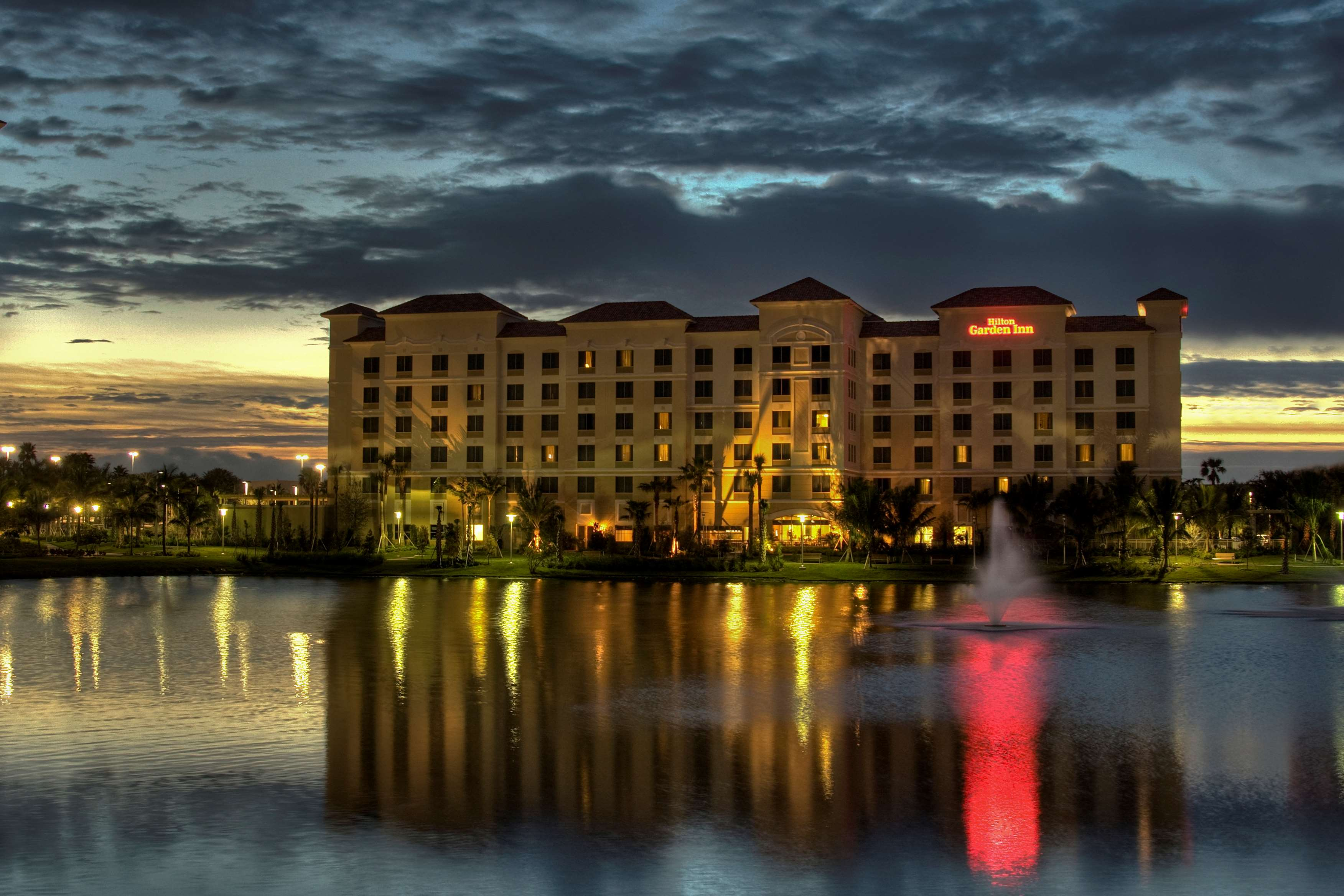 Hilton Garden Inn Palm Beach Gardens 3505 Kyoto Gardens Drive Palm ...