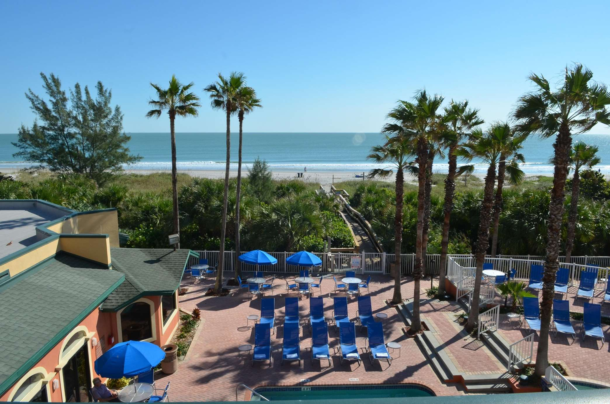 DoubleTree by Hilton Hotel Cocoa Beach Oceanfront image 9