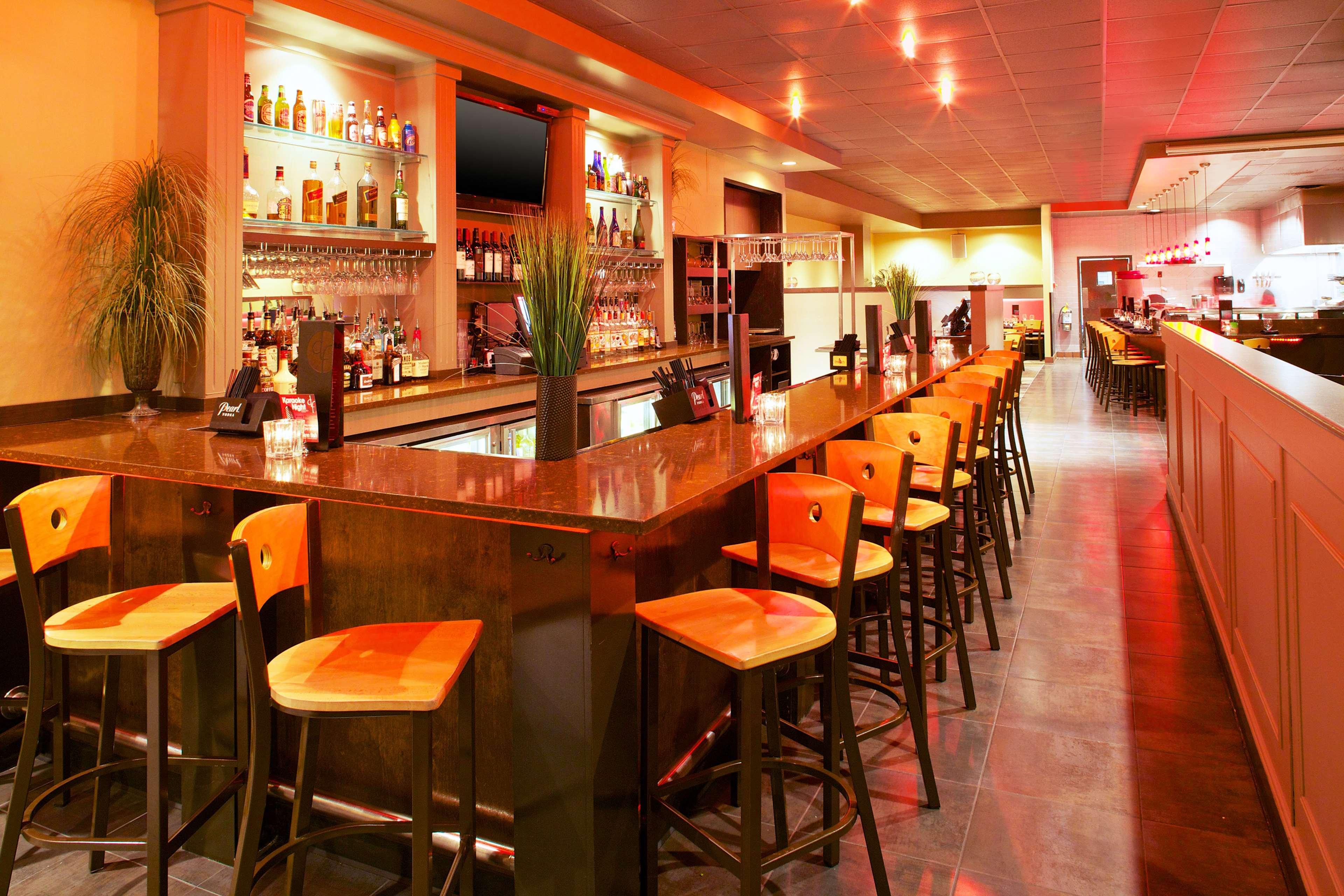 Sheraton Westport Plaza Hotel St. Louis image 4