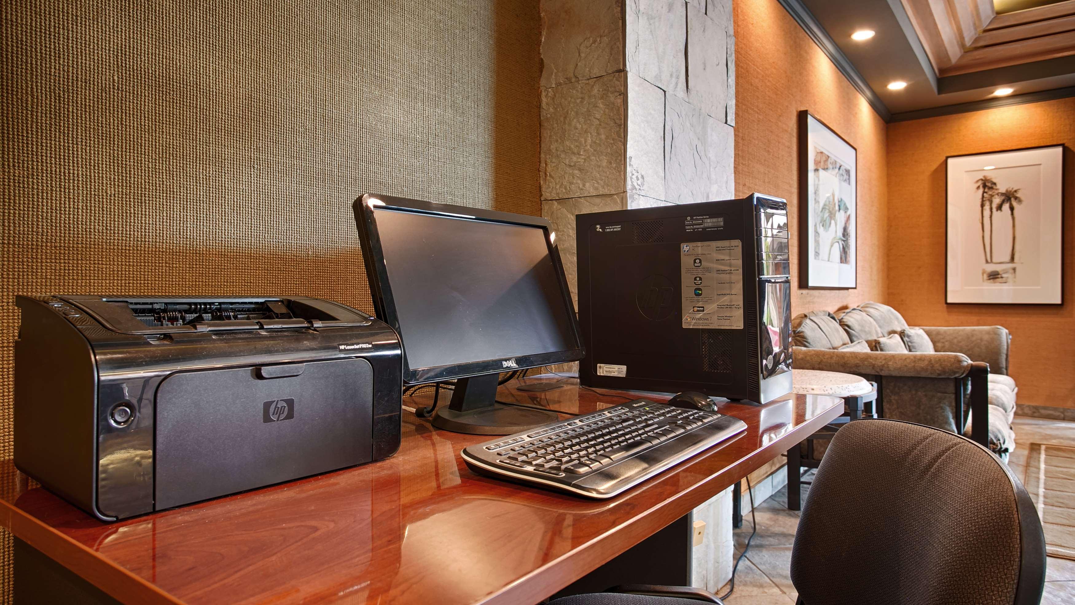 Best Western Encinitas Inn & Suites at Moonlight Beach image 26
