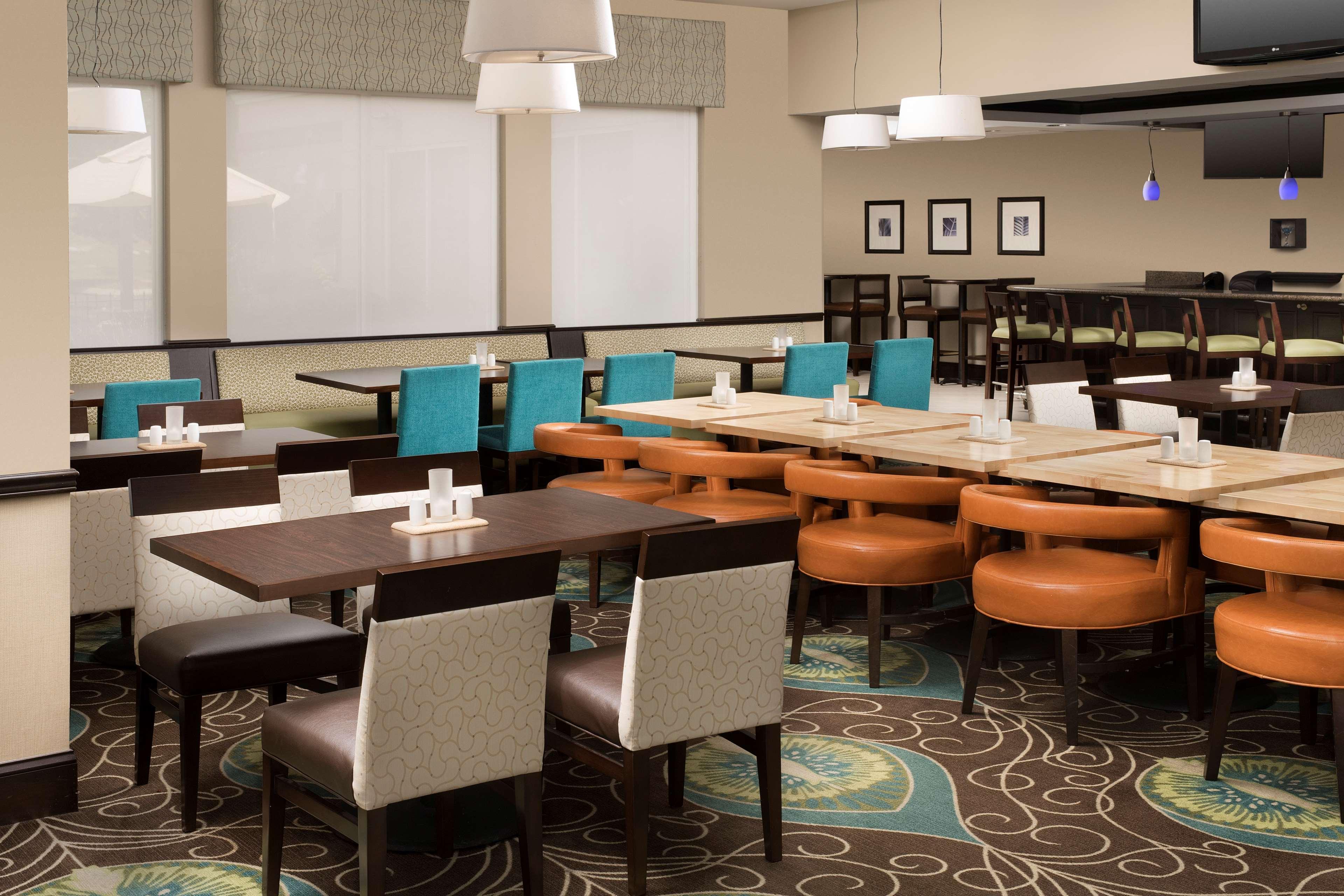 Hilton Garden Inn Winston-Salem/Hanes Mall image 6