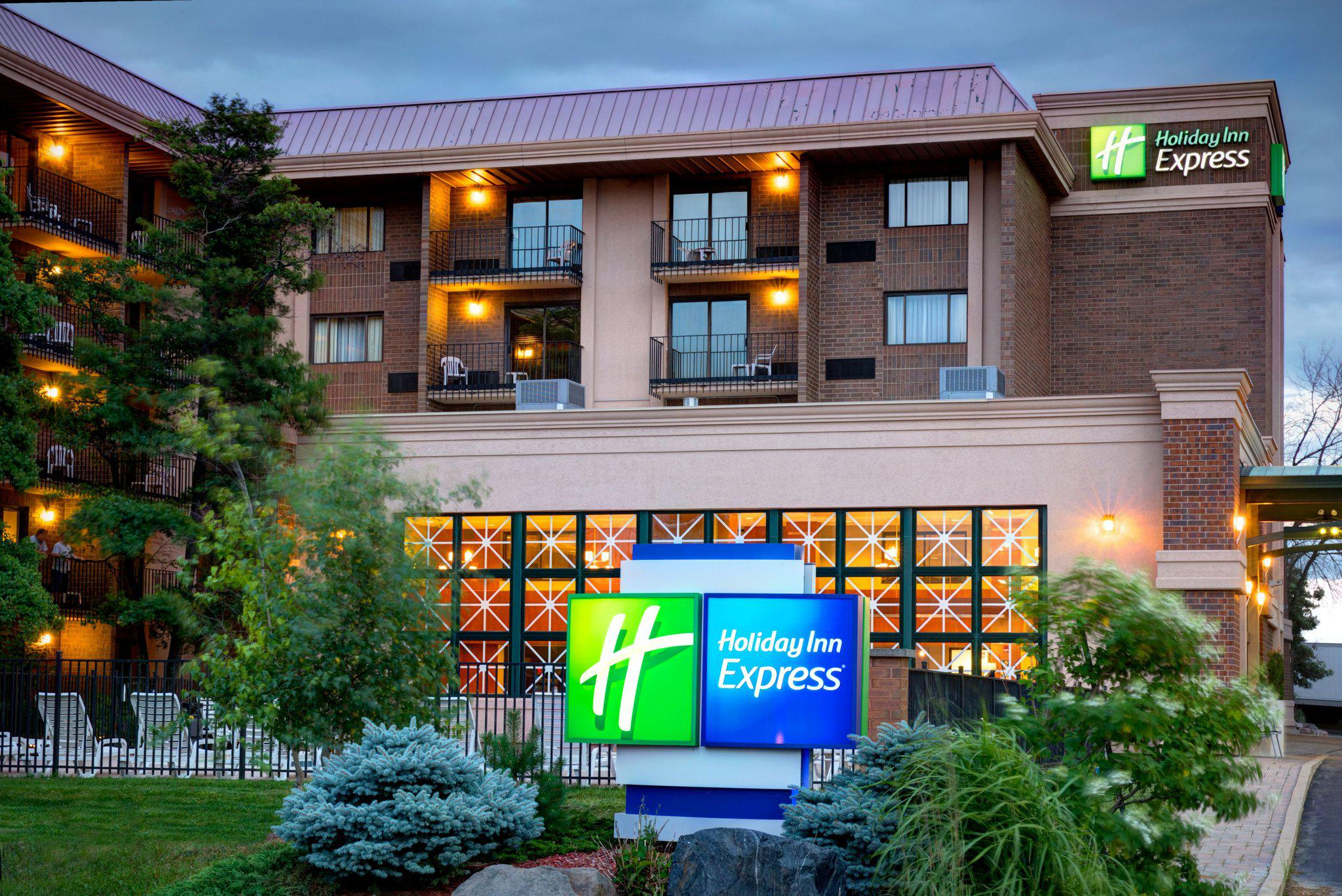 Holiday Inn Express Rolling Mdws-Schaumburg Area in Rolling Meadows, IL, photo #6