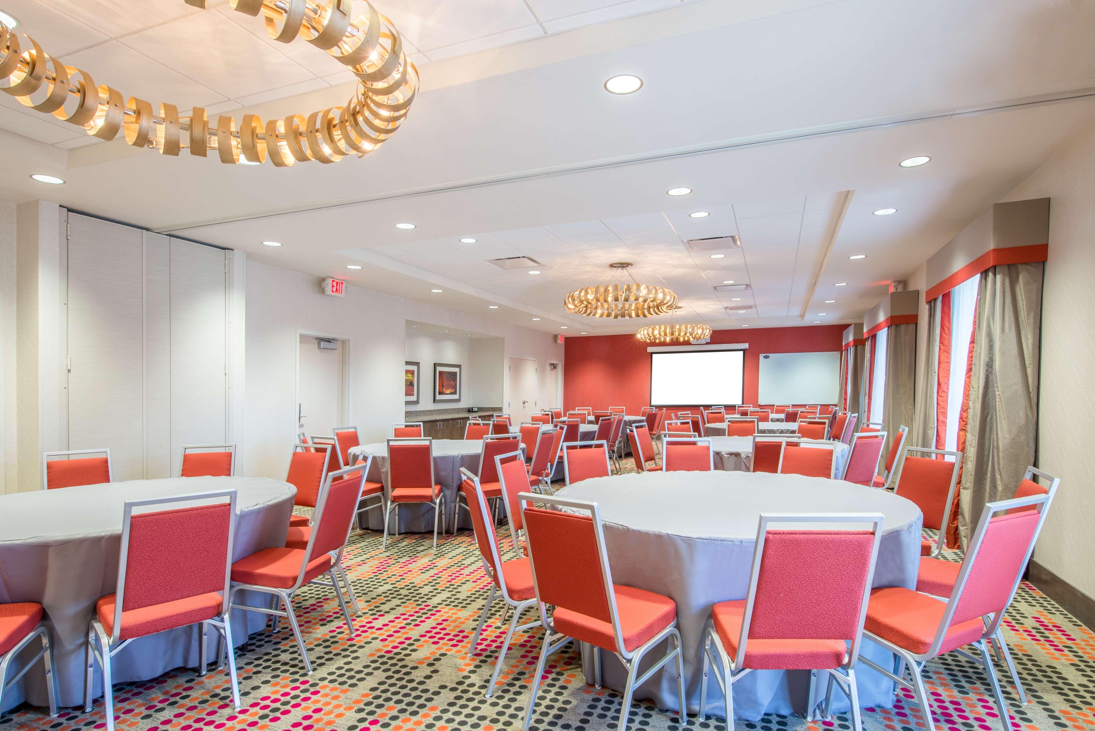 Hampton Inn & Suites Phoenix East Mesa image 19