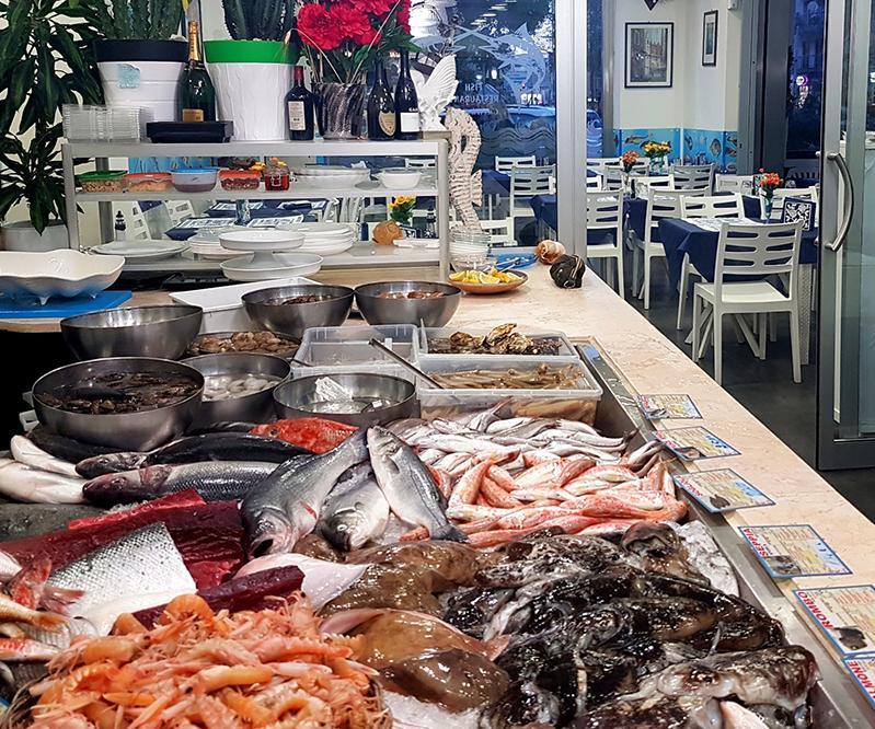Ciccill u 39 gnore fish restaurant ristoranti bari for One fish two fish restaurant