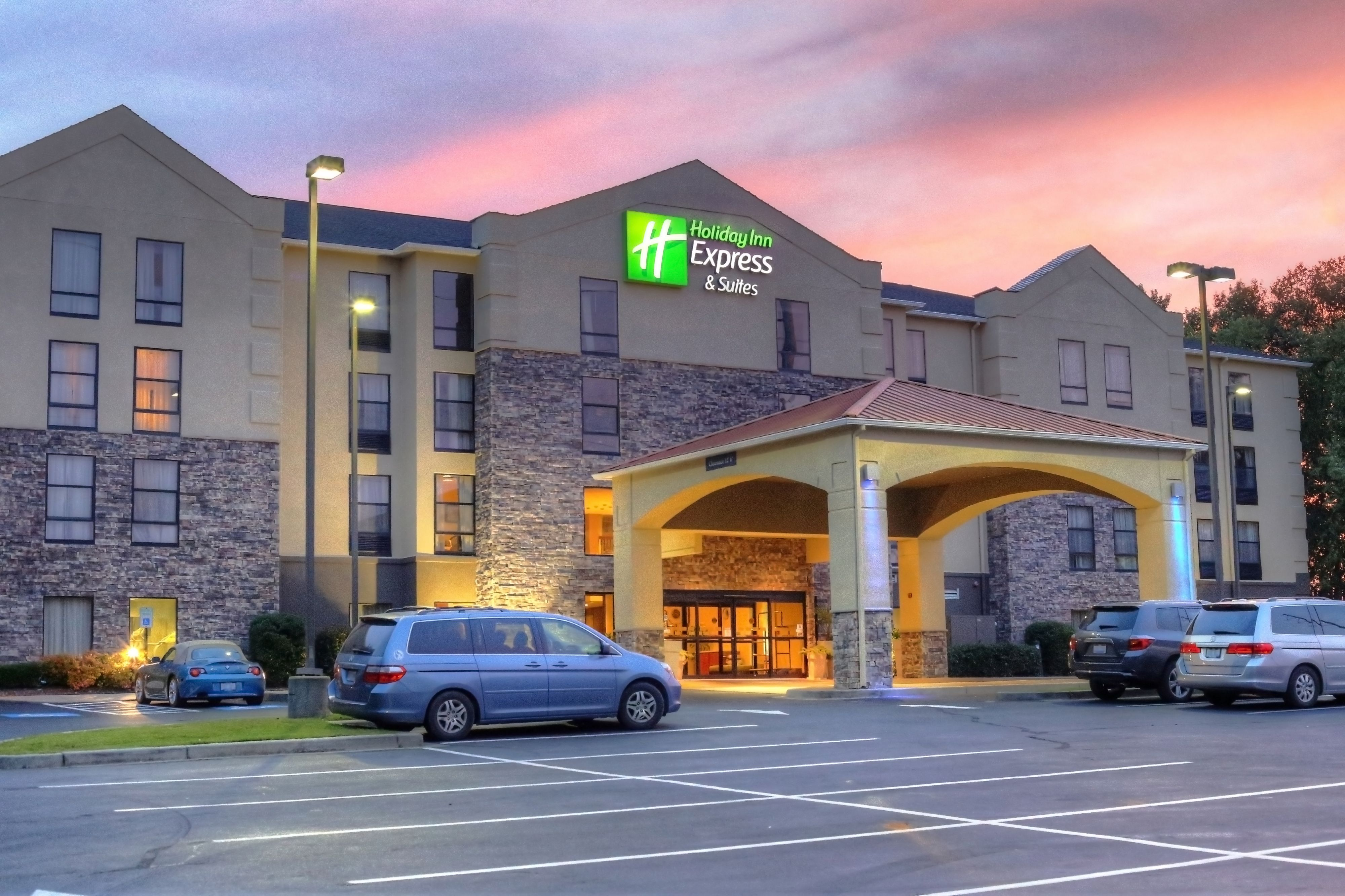 holiday inn express blowing rock south in blowing rock nc. Black Bedroom Furniture Sets. Home Design Ideas