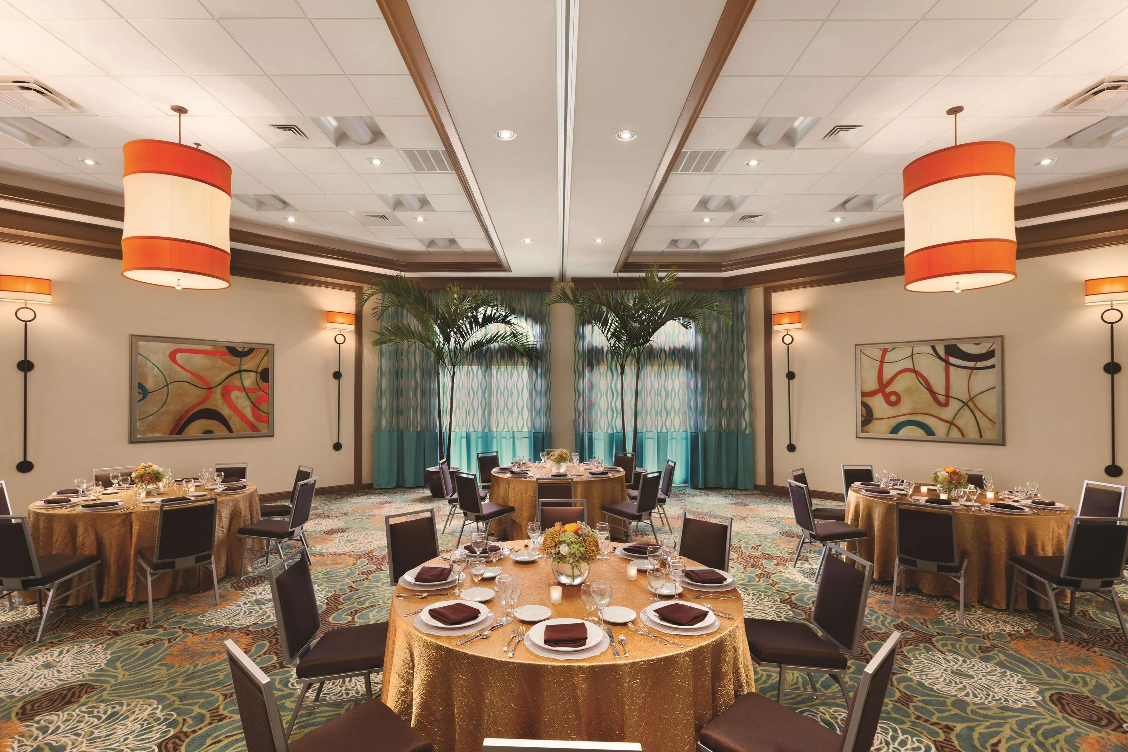 DoubleTree Suites by Hilton Orlando - Disney Springs Area image 18