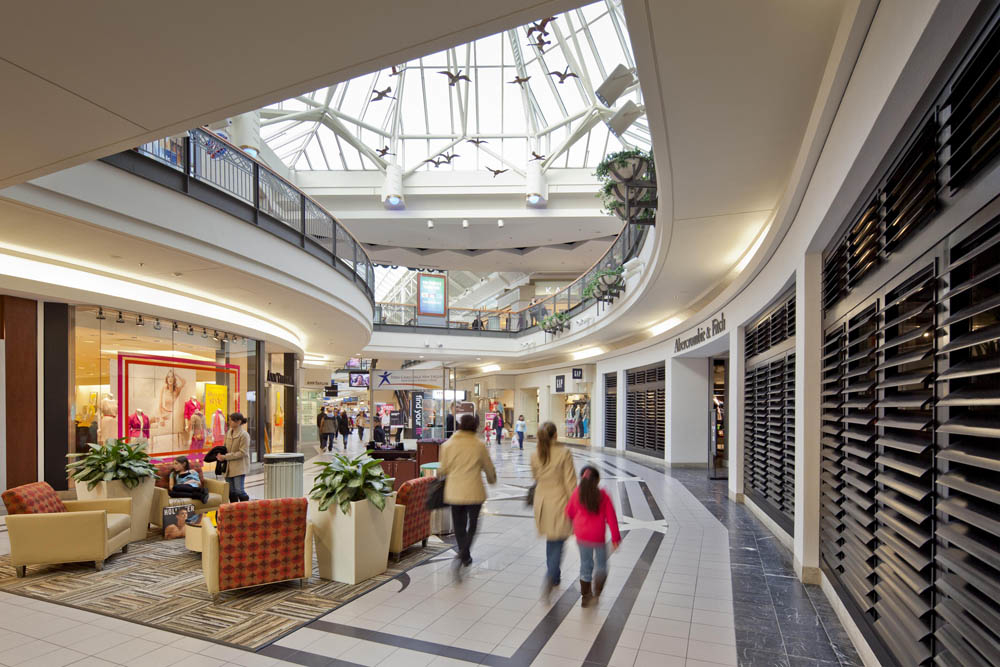 Solomon Pond Mall image 2