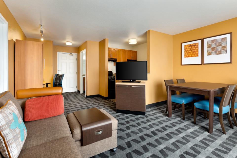 TownePlace Suites by Marriott Denver Tech Center image 7