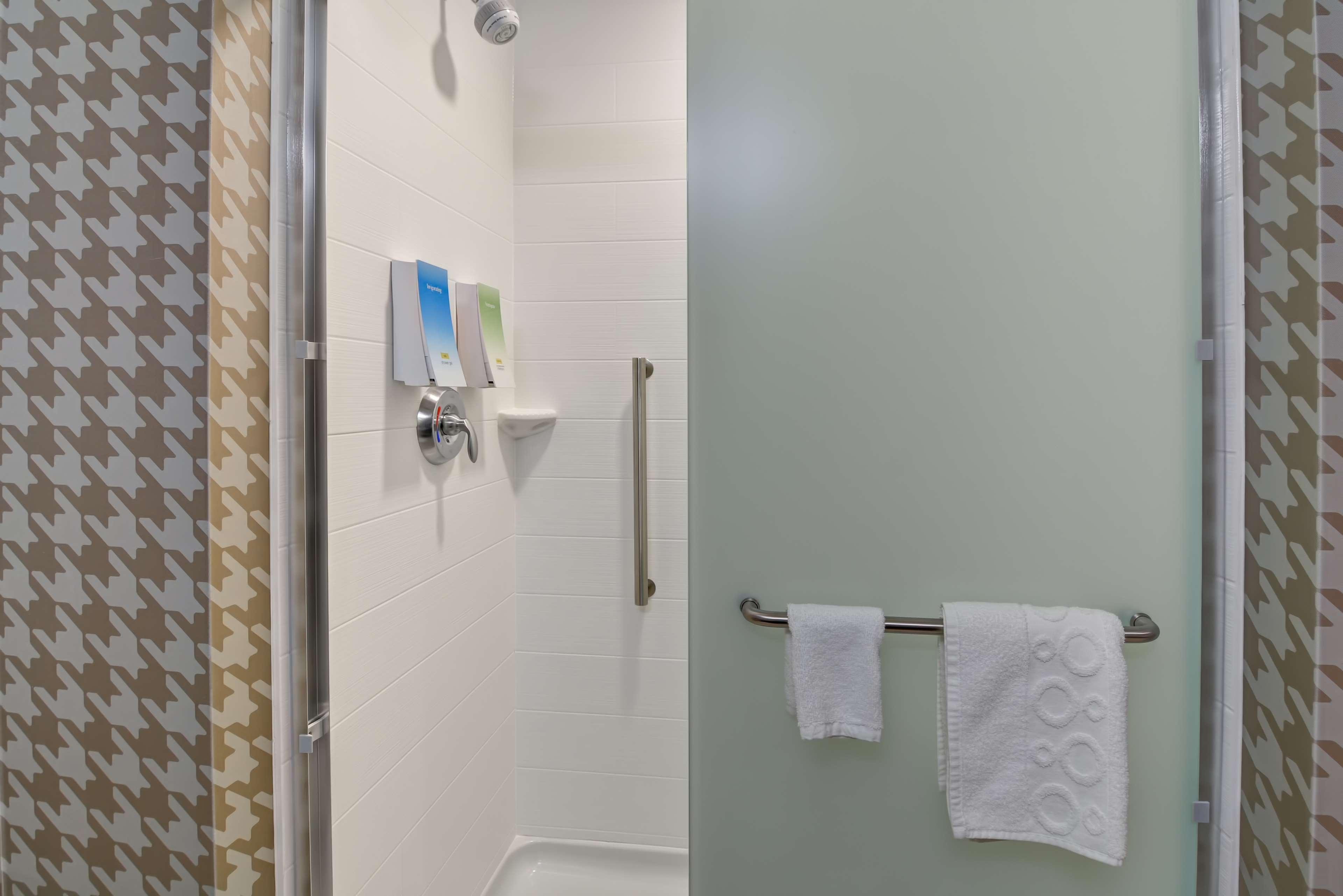Home2 Suites by Hilton Lafayette image 25
