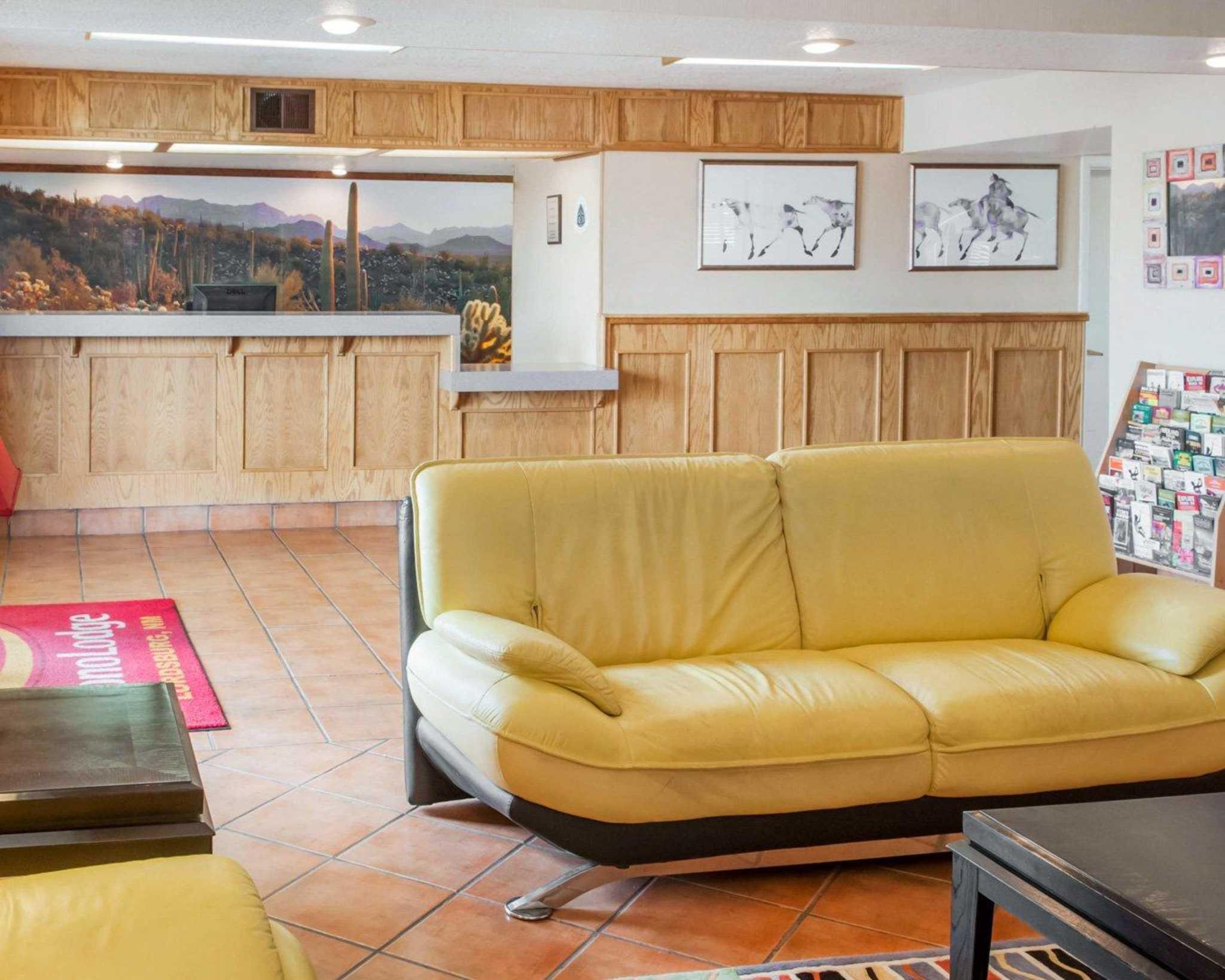 Econo Lodge Lordsburg I-10 image 12