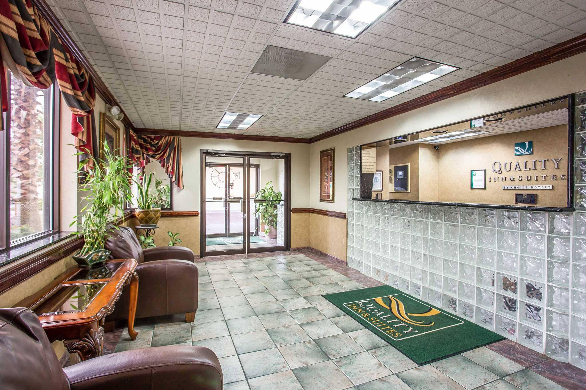 Quality Inn & Suites Ft. Jackson Maingate image 21