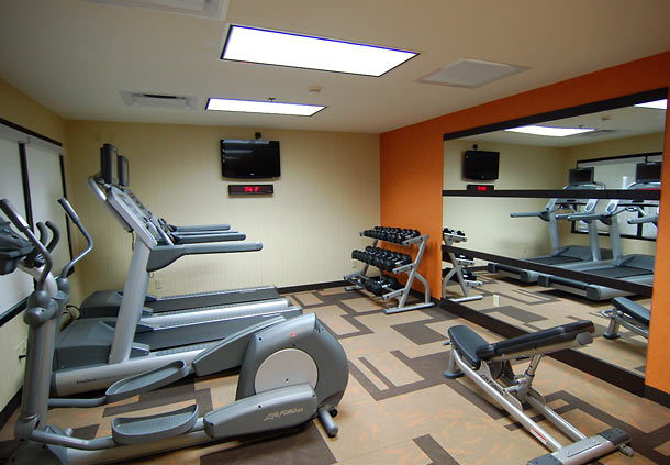 Courtyard by Marriott Indianapolis South image 9
