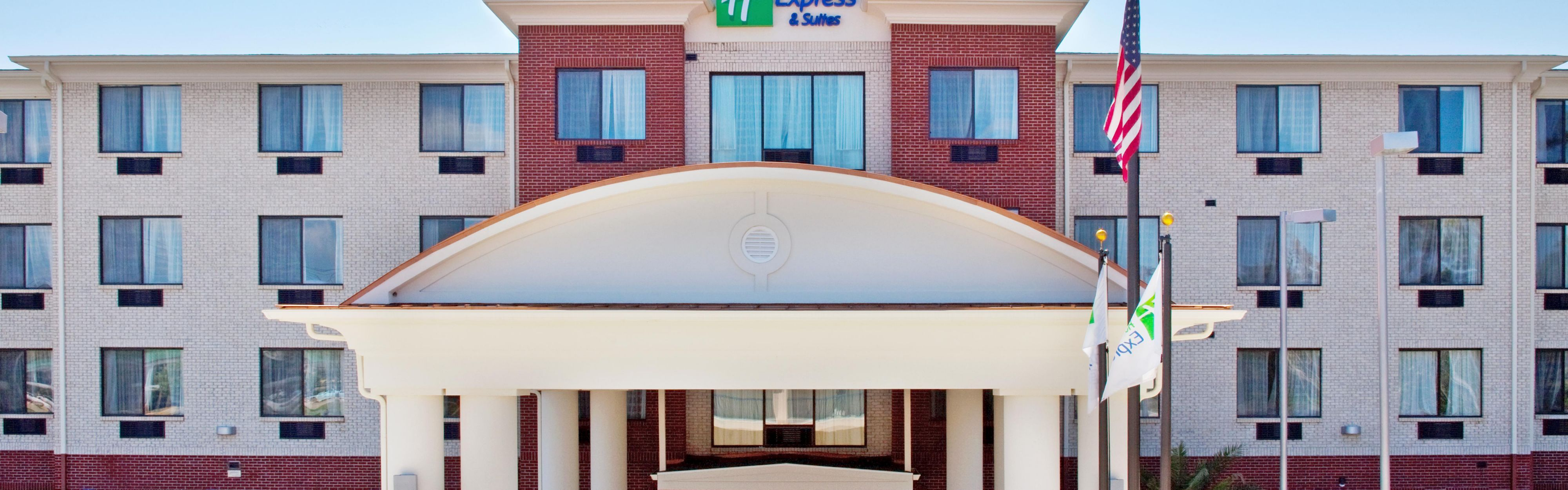 Holiday Inn Express & Suites Biloxi- Ocean Springs image 0