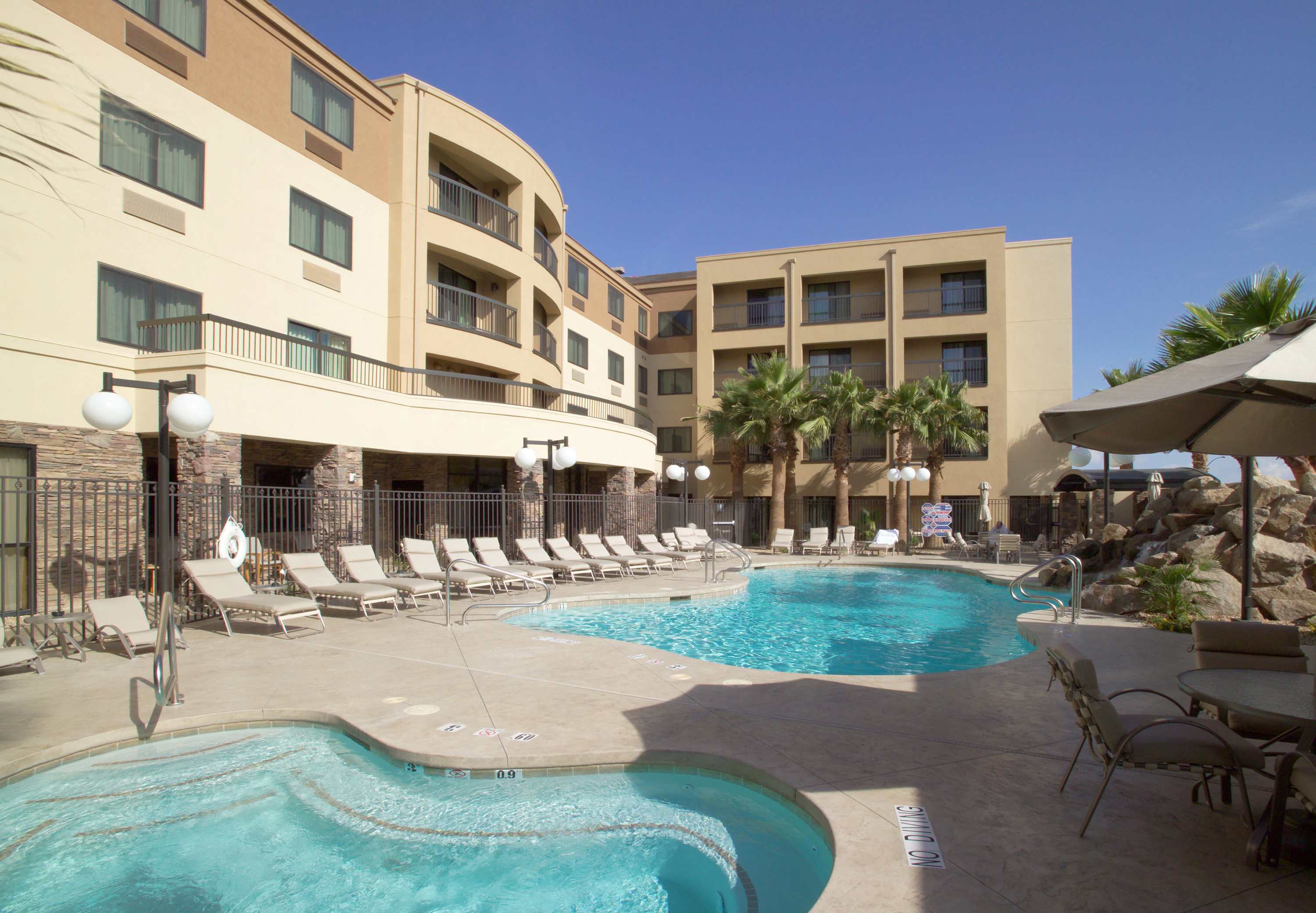 Courtyard by Marriott Las Vegas South image 14