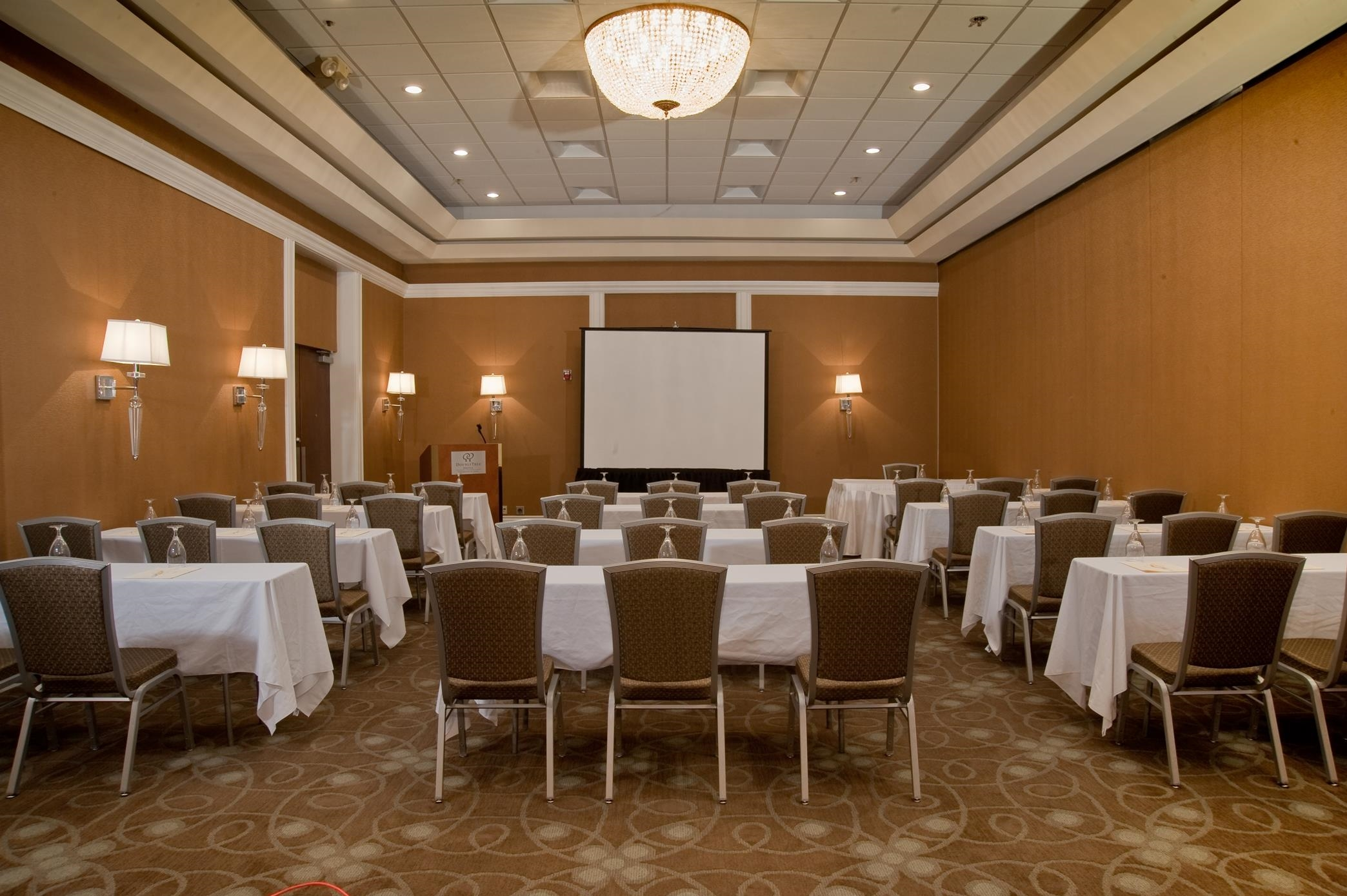 DoubleTree by Hilton Hotel Collinsville - St. Louis image 19