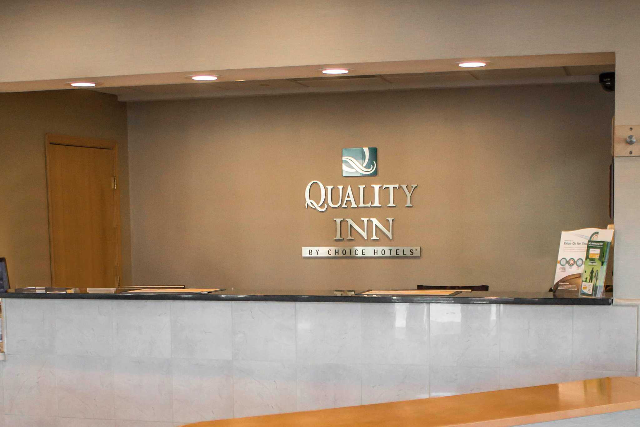 Quality Inn Central image 11