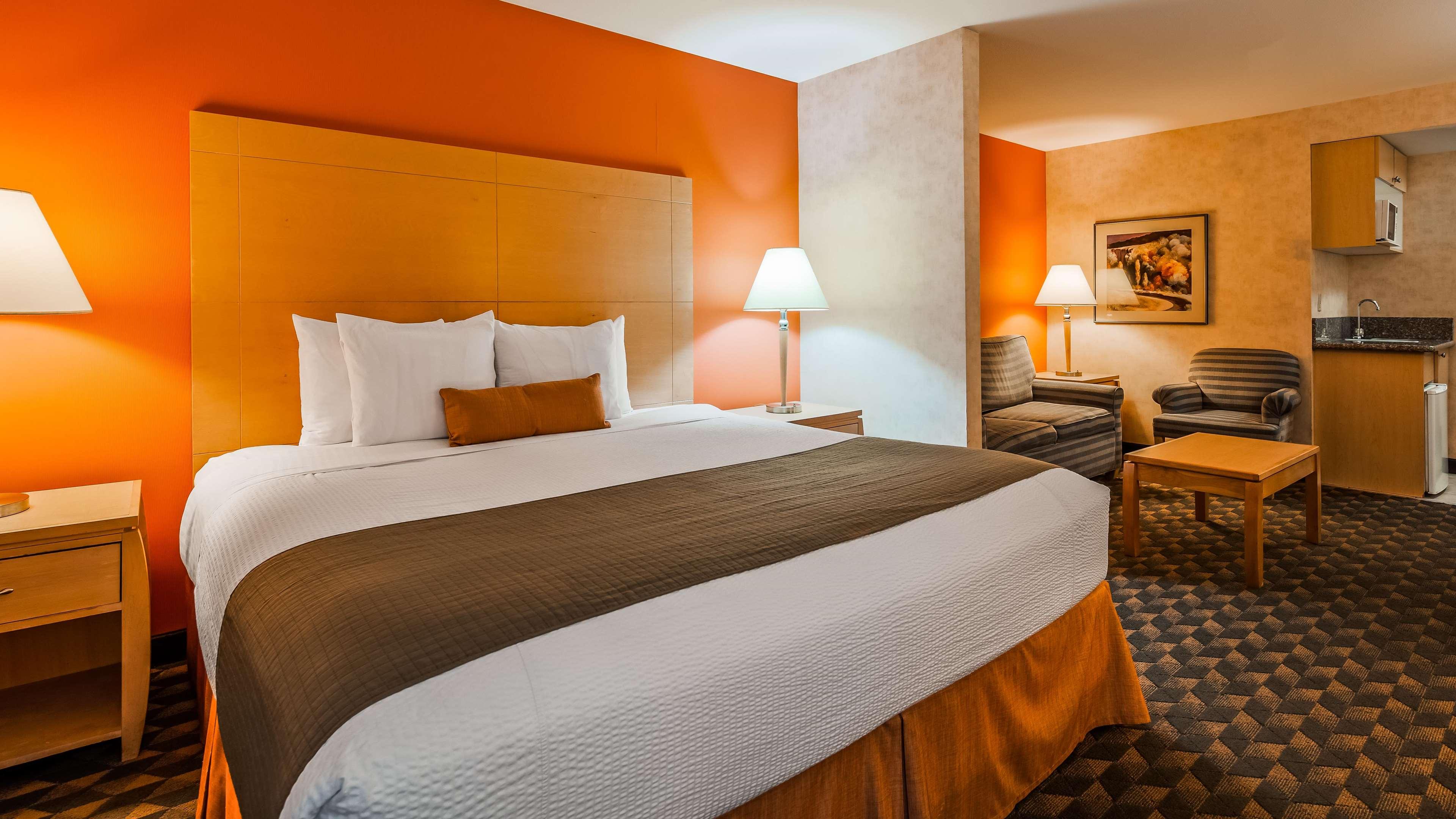 Best Western Plus North Las Vegas Inn & Suites image 17