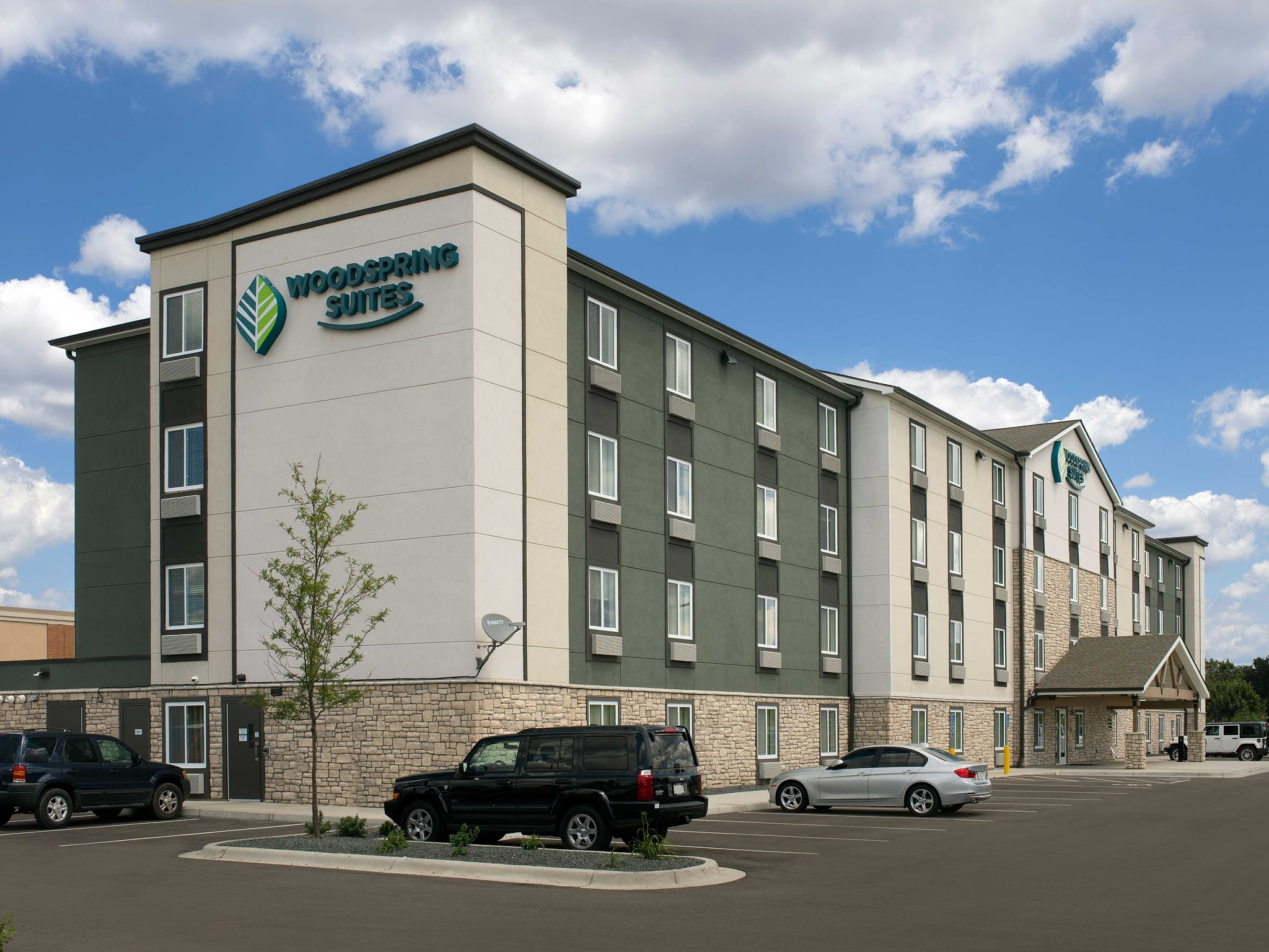 WoodSpring Suites Minneapolis Fridley image 11