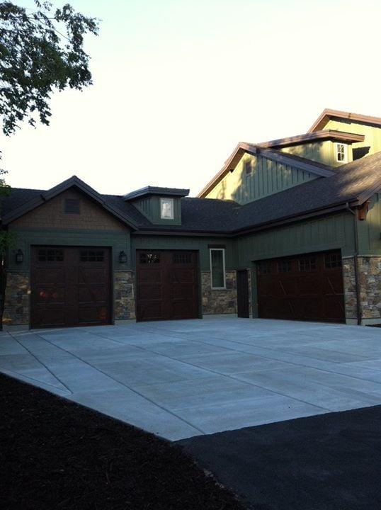 Garage door utah in ogden ut 84404 citysearch for Garage doors in utah