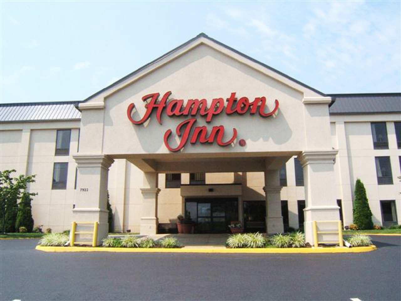 Hampton Inn Roanoke/Hollins - I-81 image 1