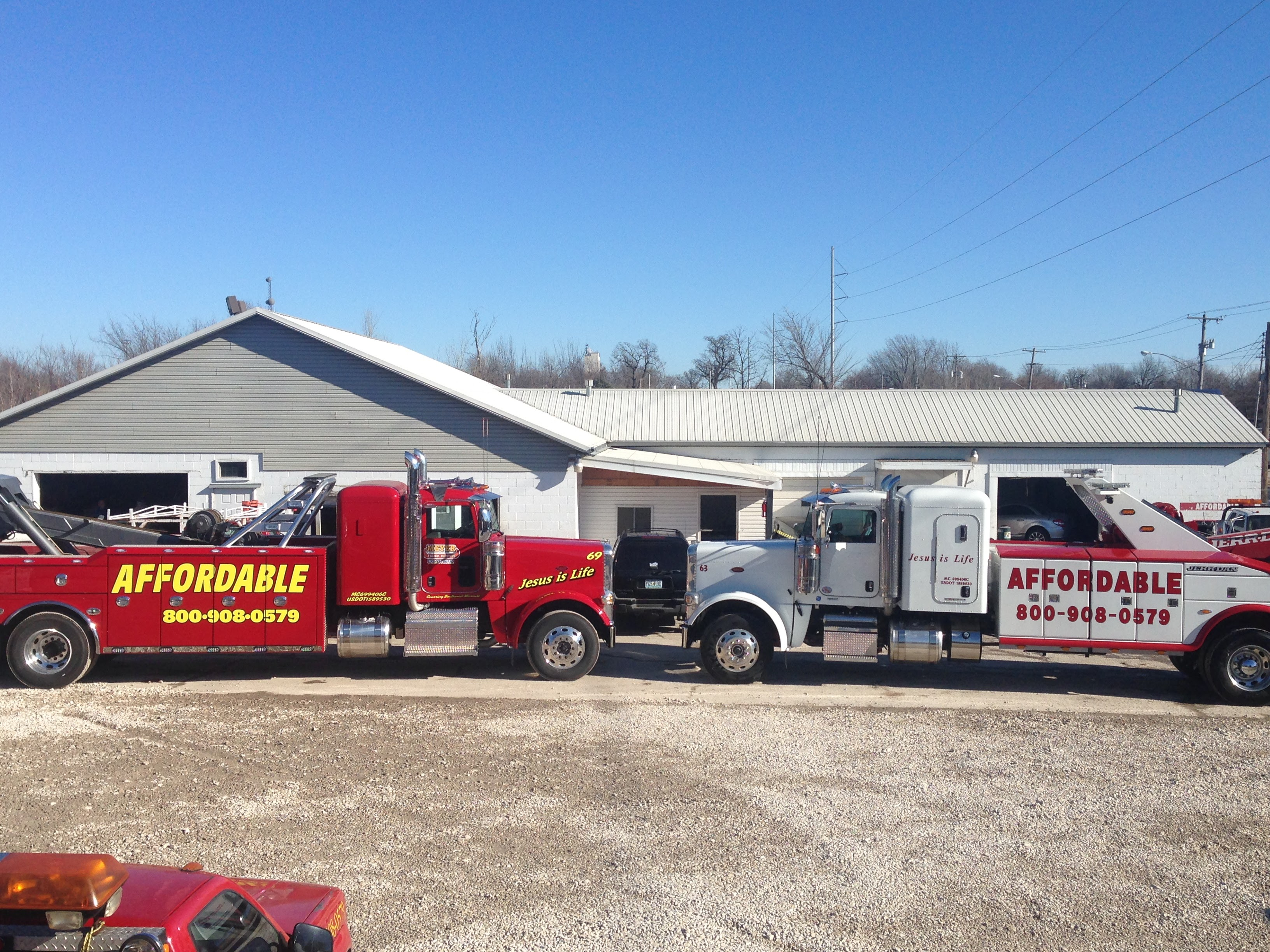 Affordable Towing image 6