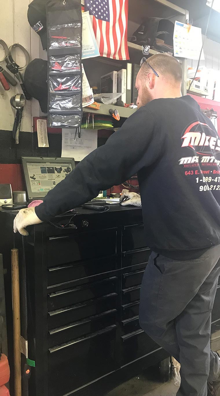 Mike's Auto Service image 4