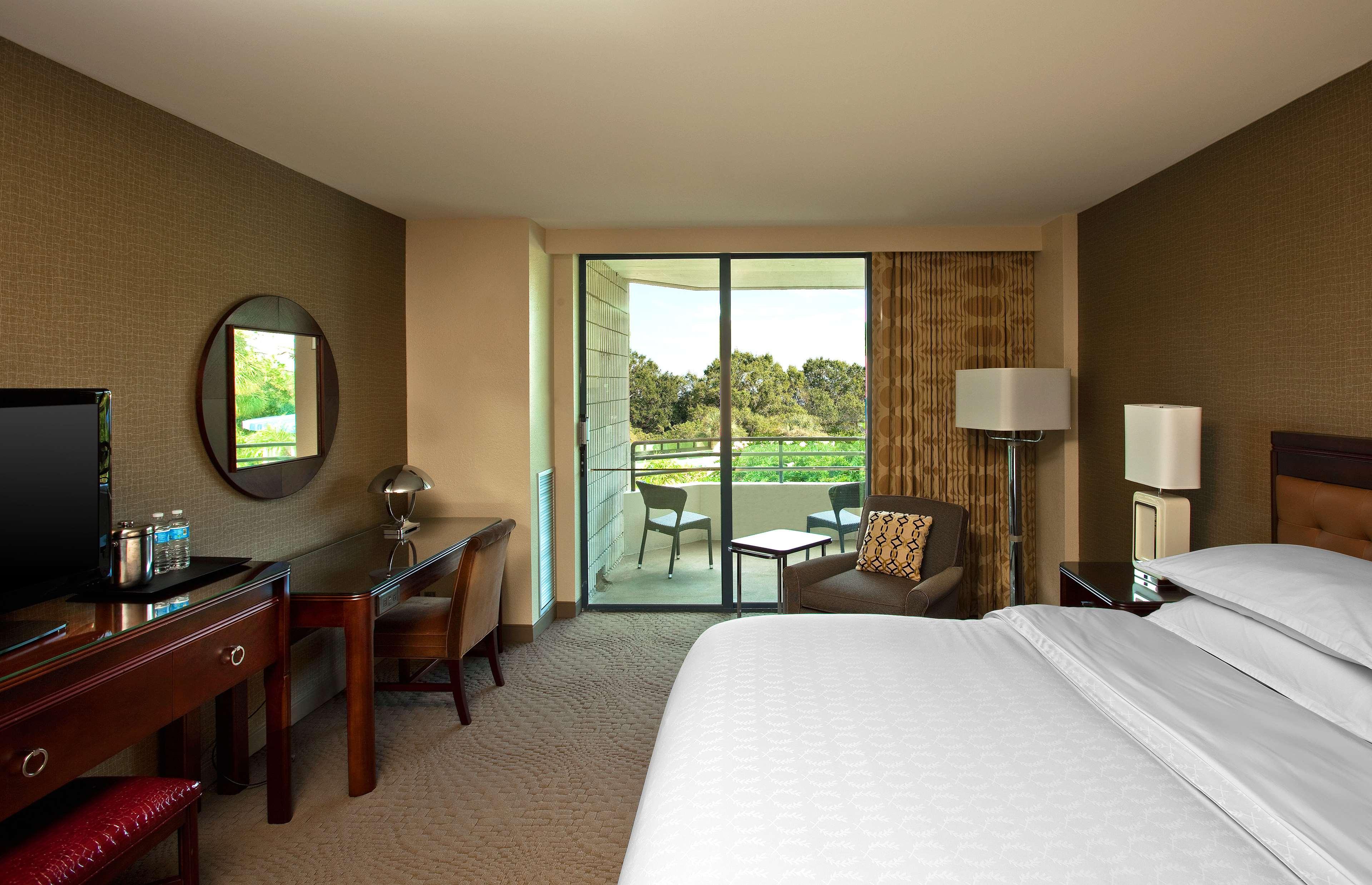 Sheraton Tampa Brandon Hotel image 5