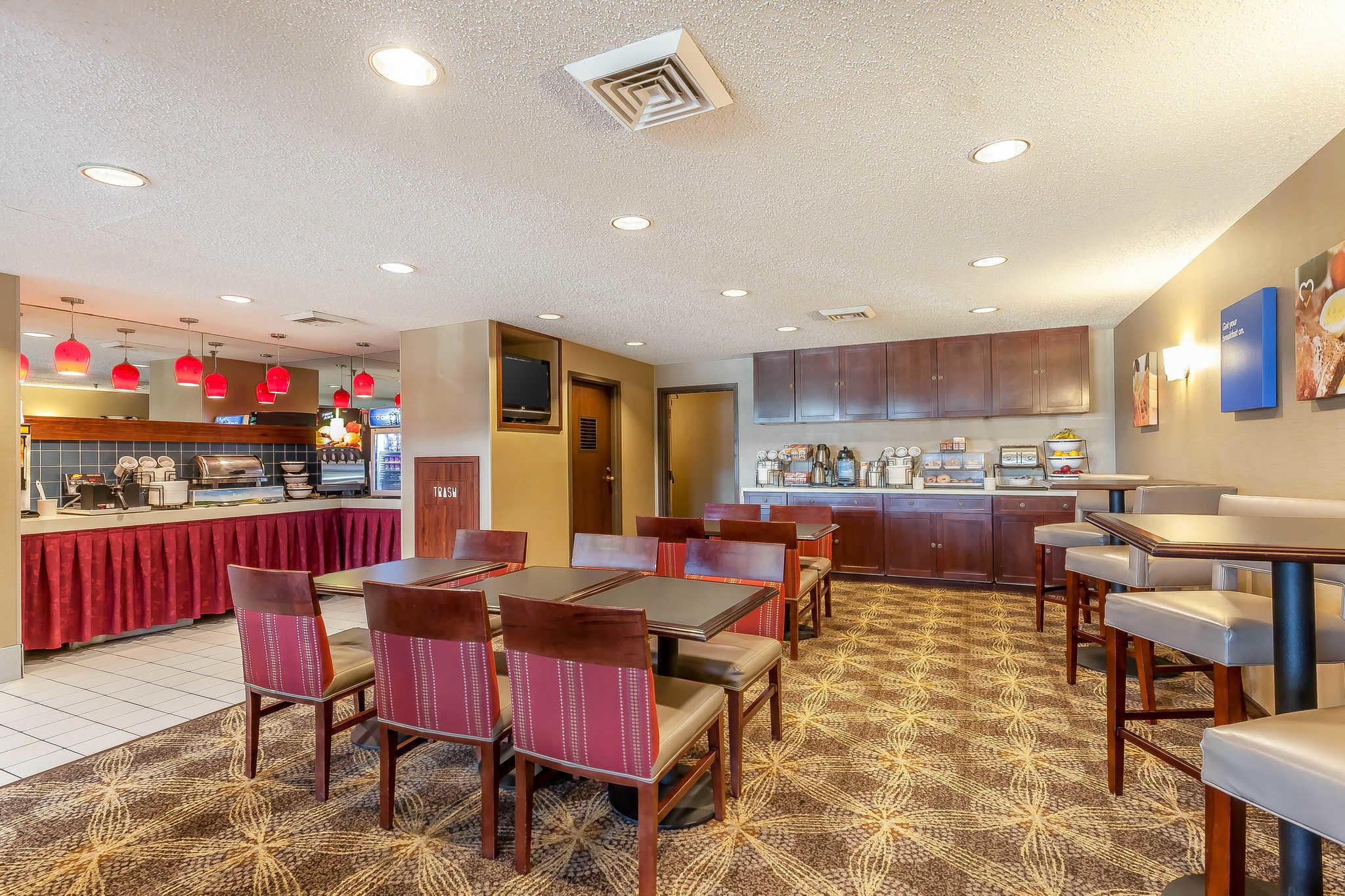 Comfort Inn - Hall of Fame image 19