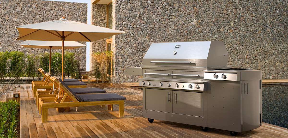 A Well Functioning Outdoor Kitchen Greatly Enhances Your Outdoor Living  Experience. It Expands Your Living Space And Allows You To Cook, Eat And  Entertain ...