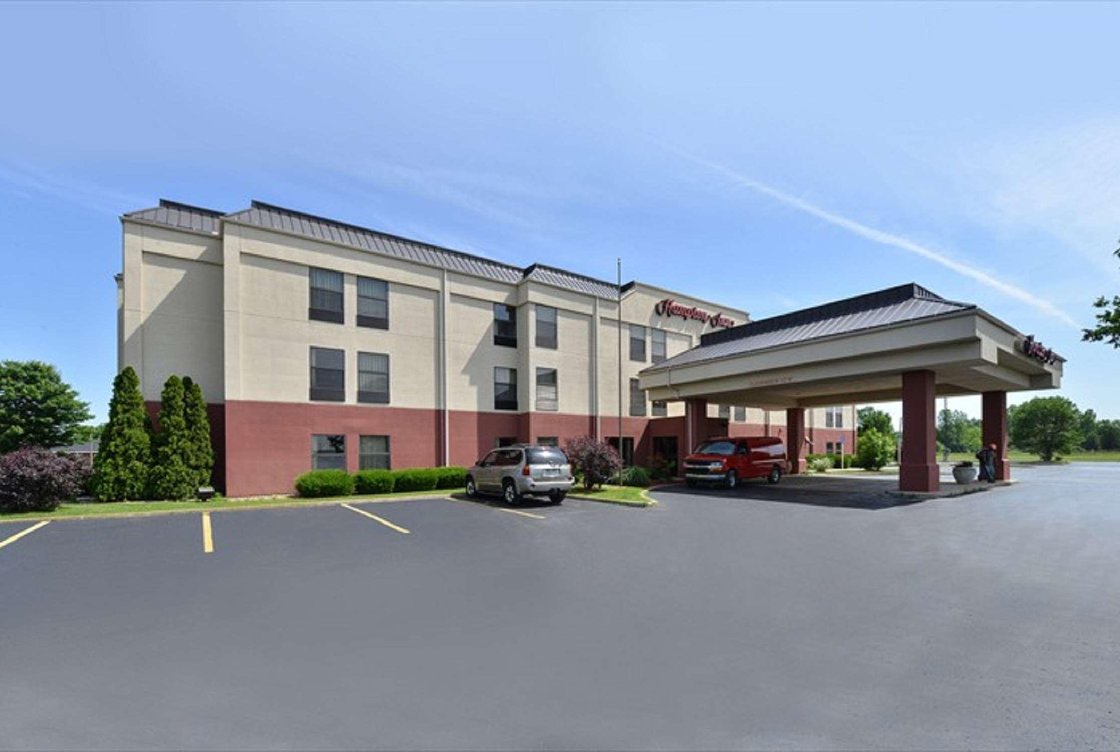 Hampton Inn Sturgis-Lagrange Area image 3
