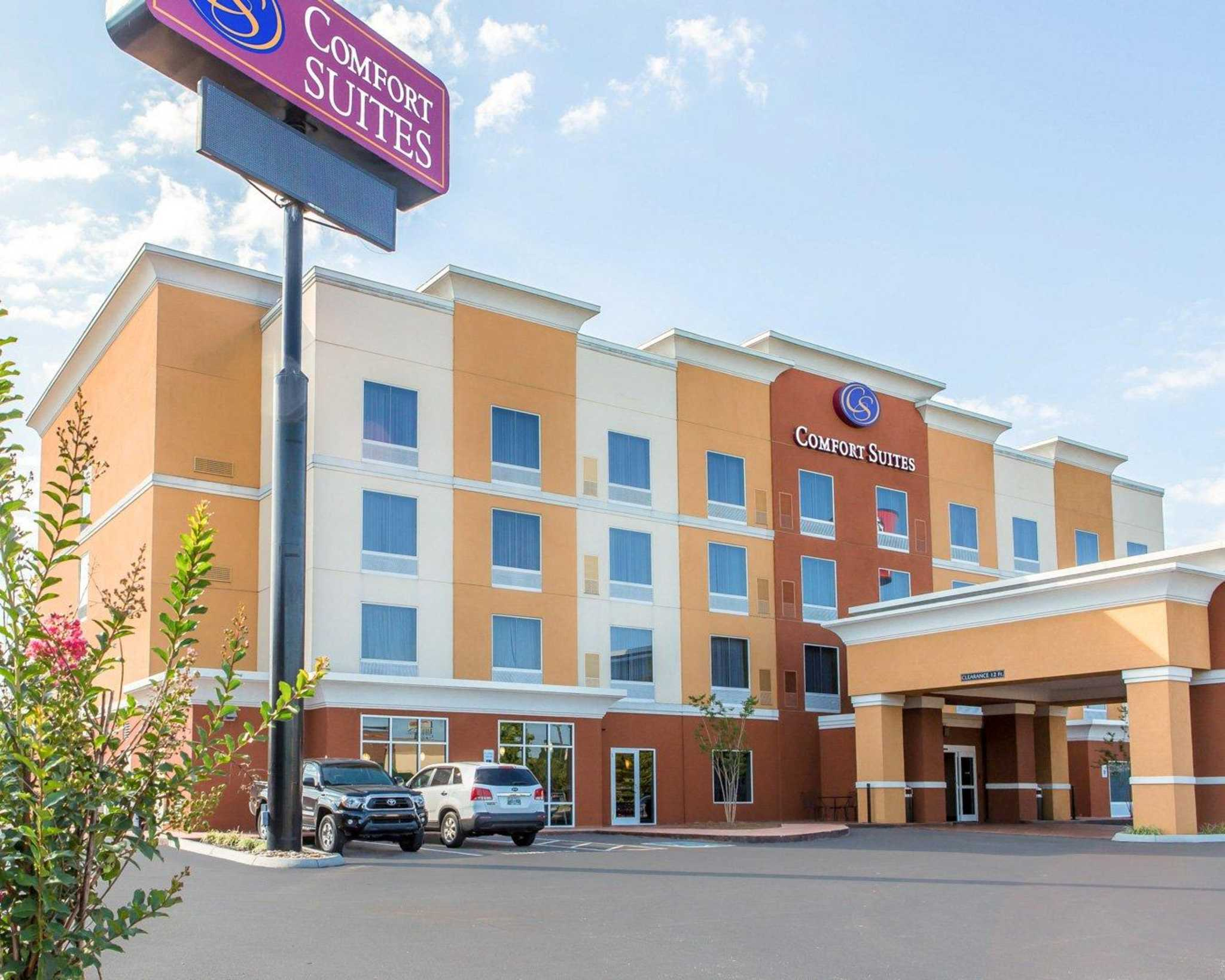 Comfort Suites East in Knoxville, TN - (865) 246-2...