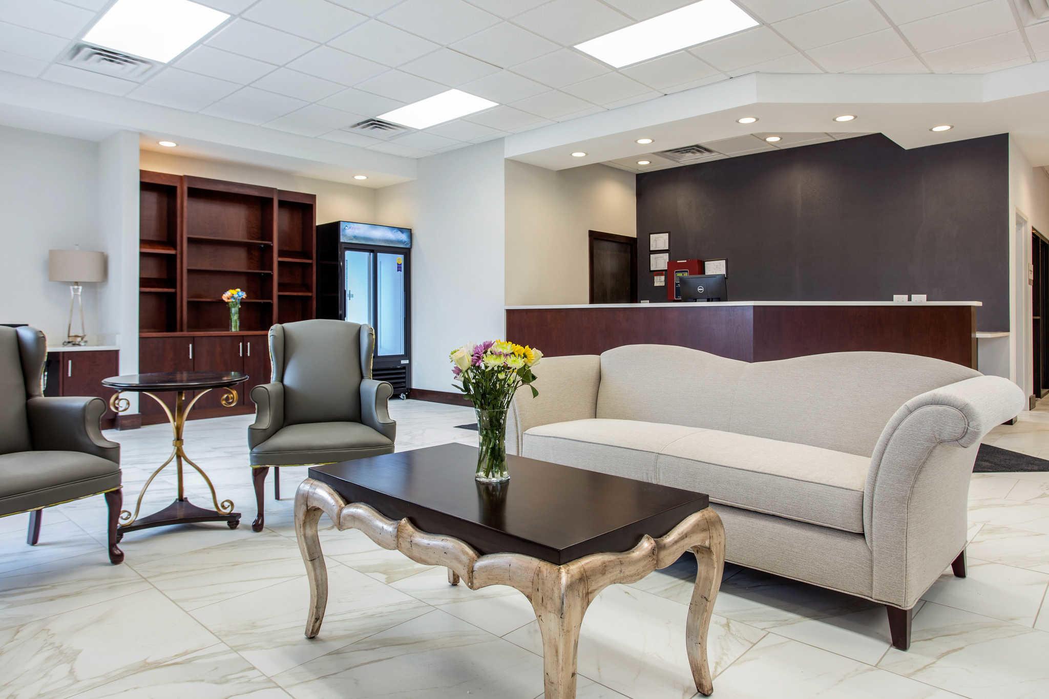 Clarion Inn & Suites image 4
