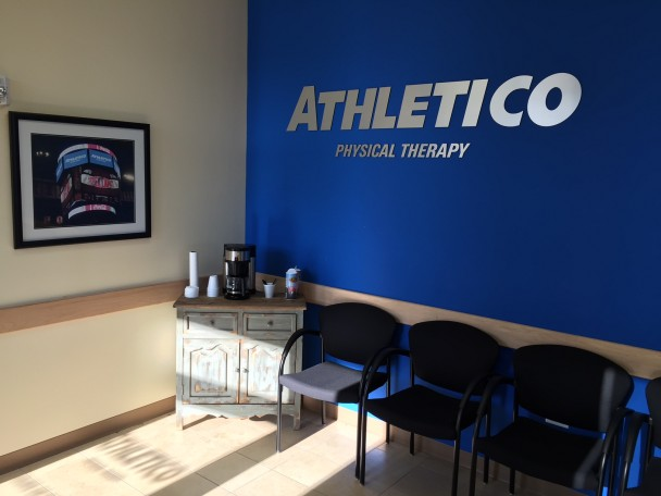 Athletico Physical Therapy - Elgin image 1