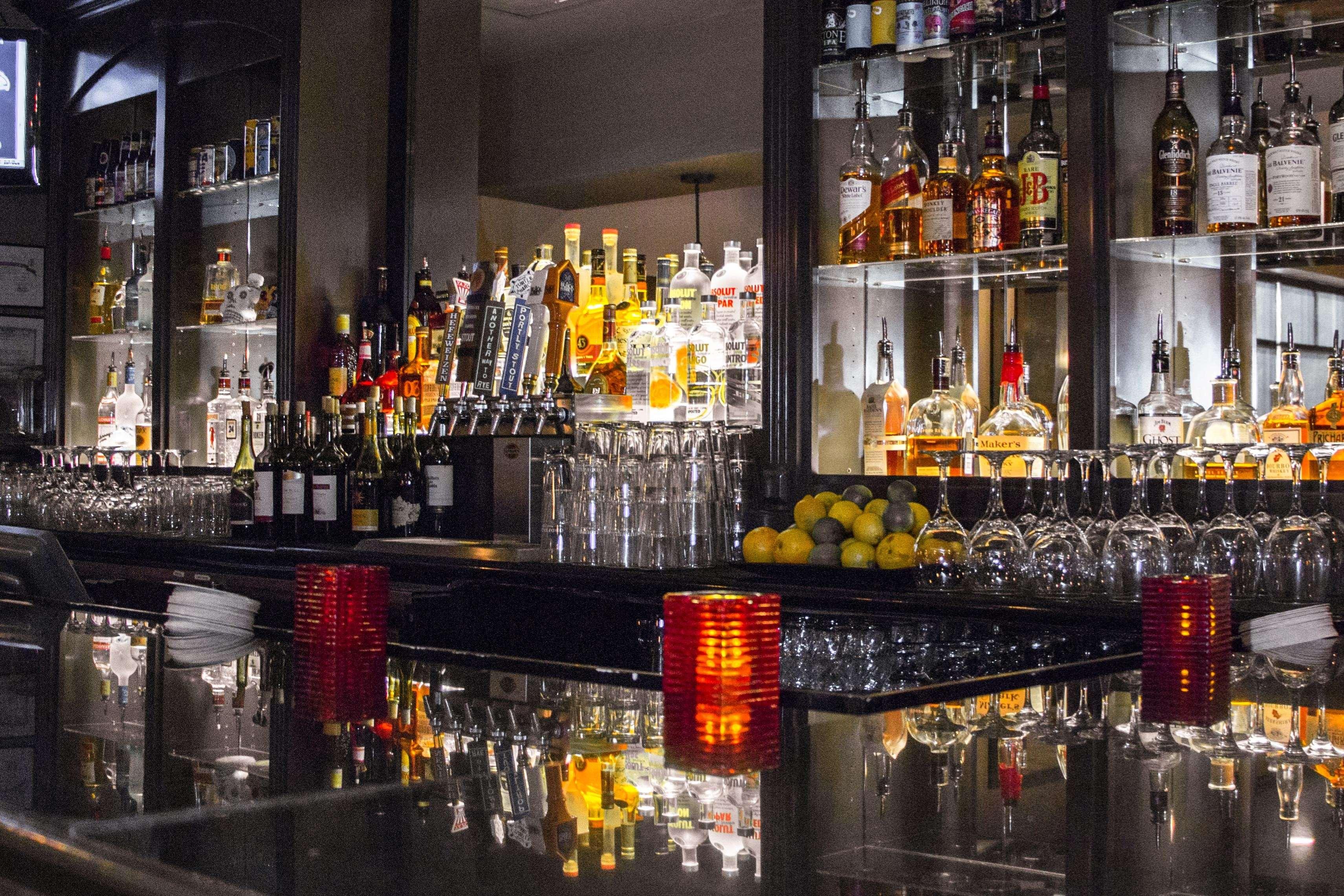 Embassy Suites by Hilton Nashville at Vanderbilt image 14