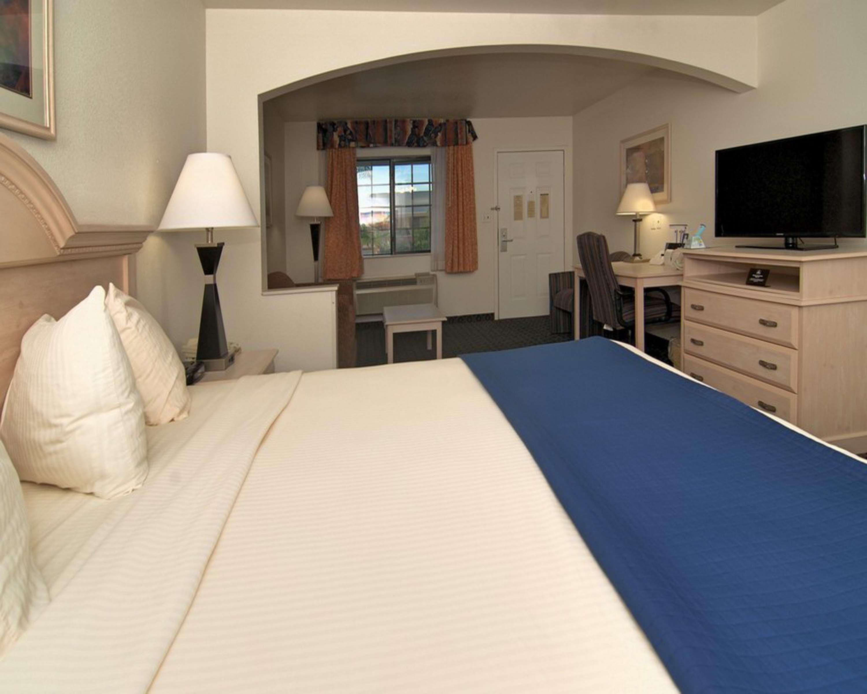 SureStay Hotel by Best Western Falfurrias image 46