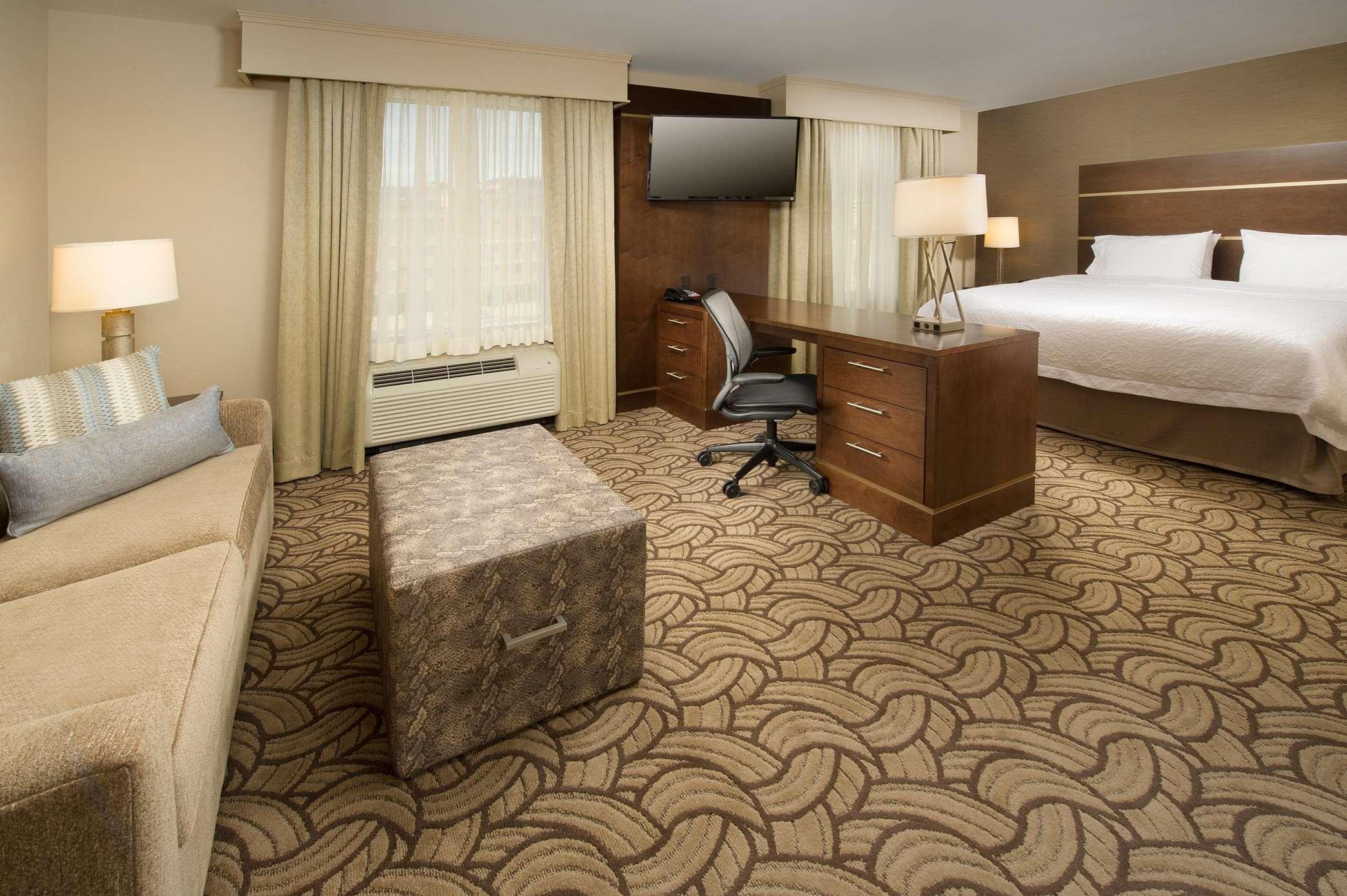 Hampton Inn & Suites San Antonio-Downtown/Market Square image 20