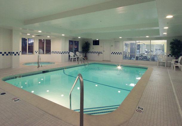 Fairfield Inn & Suites by Marriott Louisville North image 5