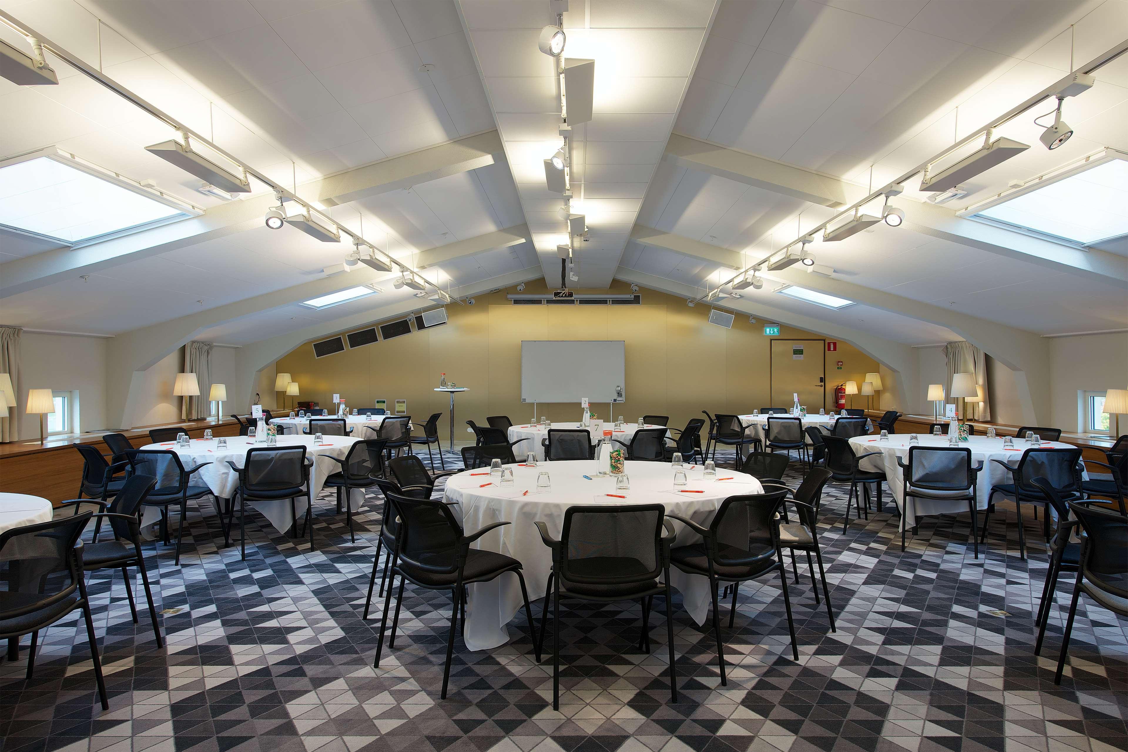 Boeing Meeting Room