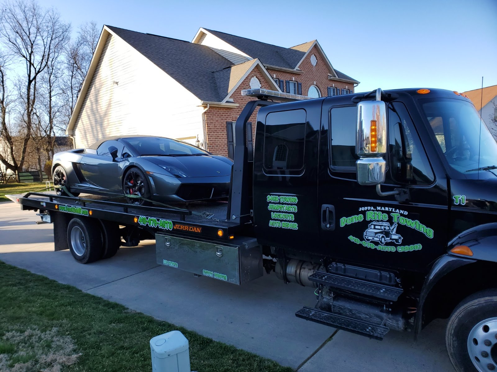 Done Rite Auto & Towing image 19
