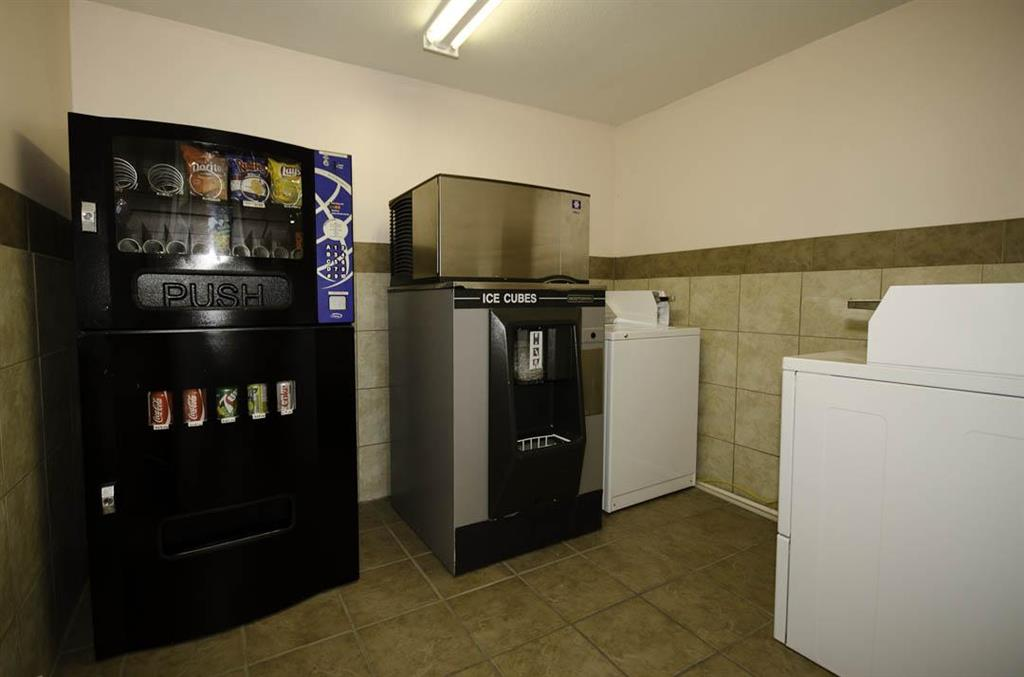 Canadas Best Value Inn in Kamloops: Laundry Facilities