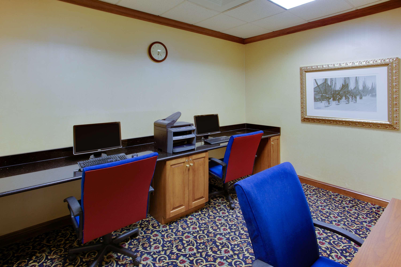 Hampton Inn & Suites Fredericksburg South image 48